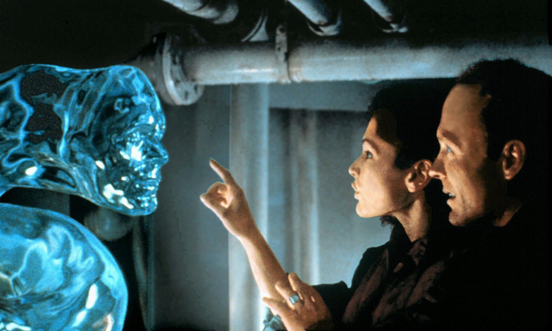 The Abyss at 30: why James Cameron's sci-fi epic is really about love