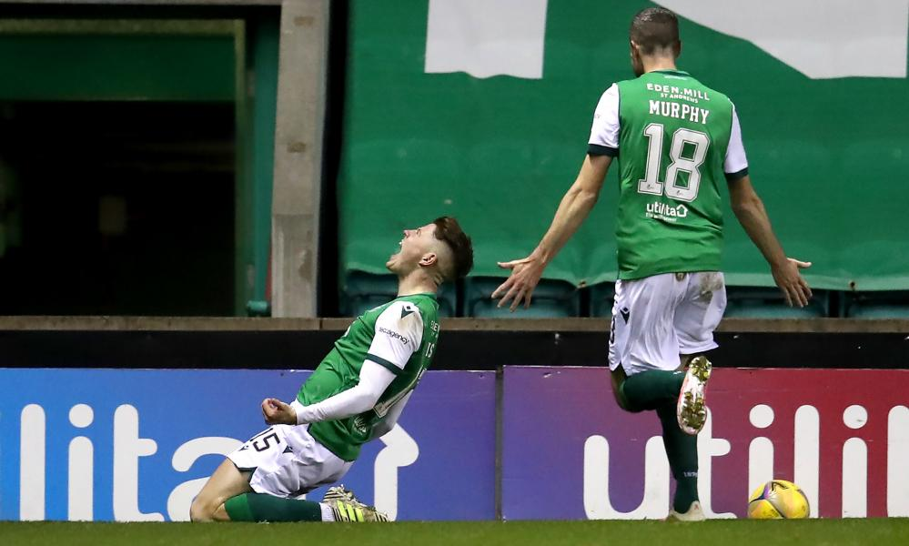Hibernian's Kevin Nisbet (left) celebrates scoring his side's second goal of the game.