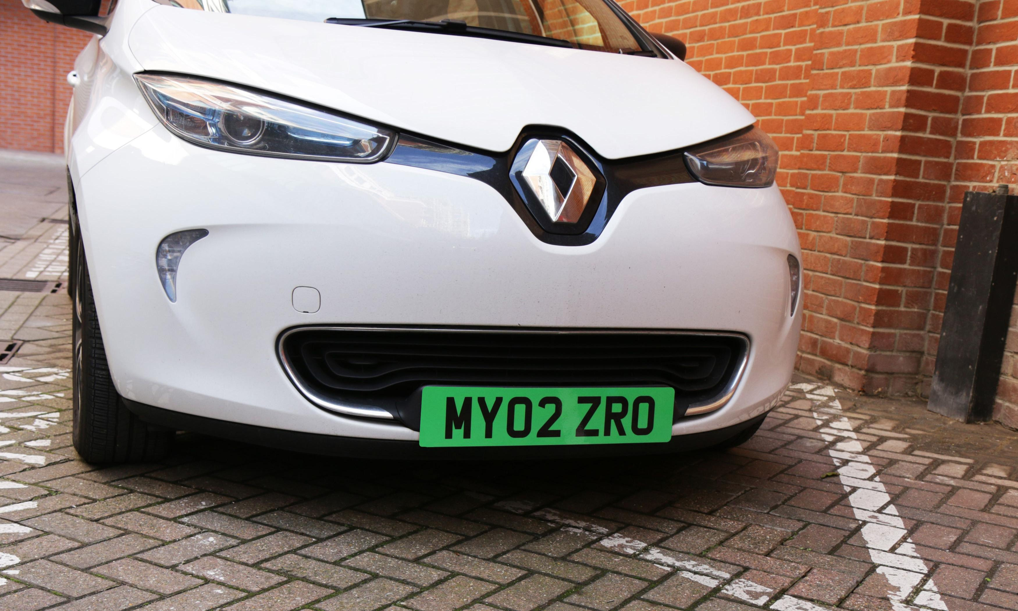 Electric cars: the good, the bad and the costly