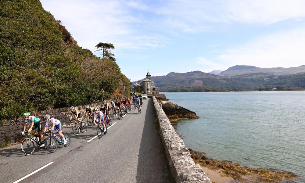 The pack on the coastal road to Llandudno.