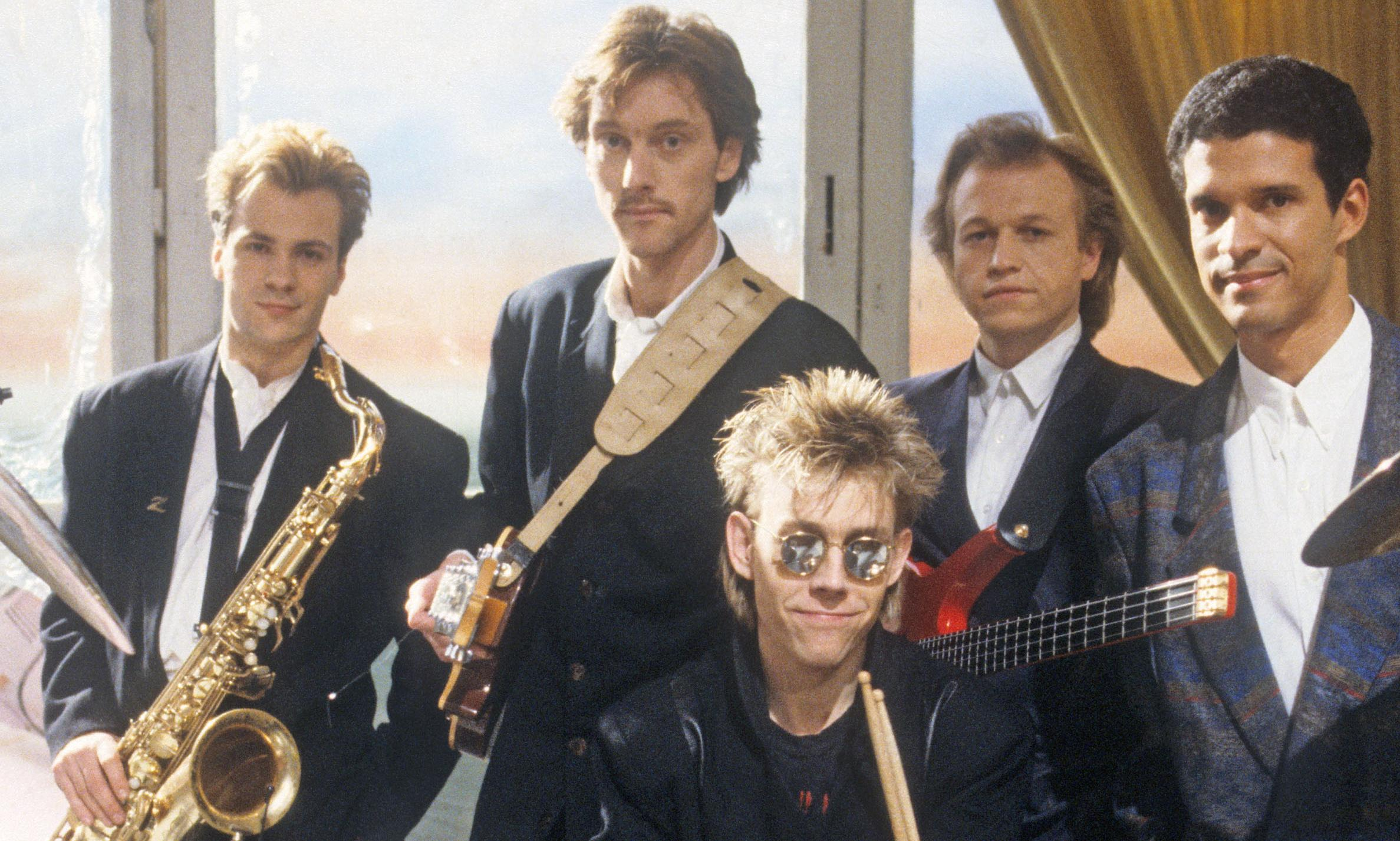 Level 42 founding member took his own life, inquest concludes