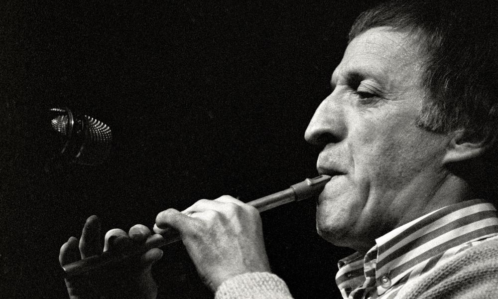 Paddy Moloney playing the tin whistle with the Chieftains in Cheyenne, Wyoming, in 1988.