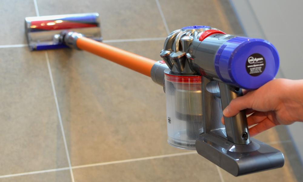 dyson v8 absolute review finally a cordless alternative to an upright richard hartley. Black Bedroom Furniture Sets. Home Design Ideas
