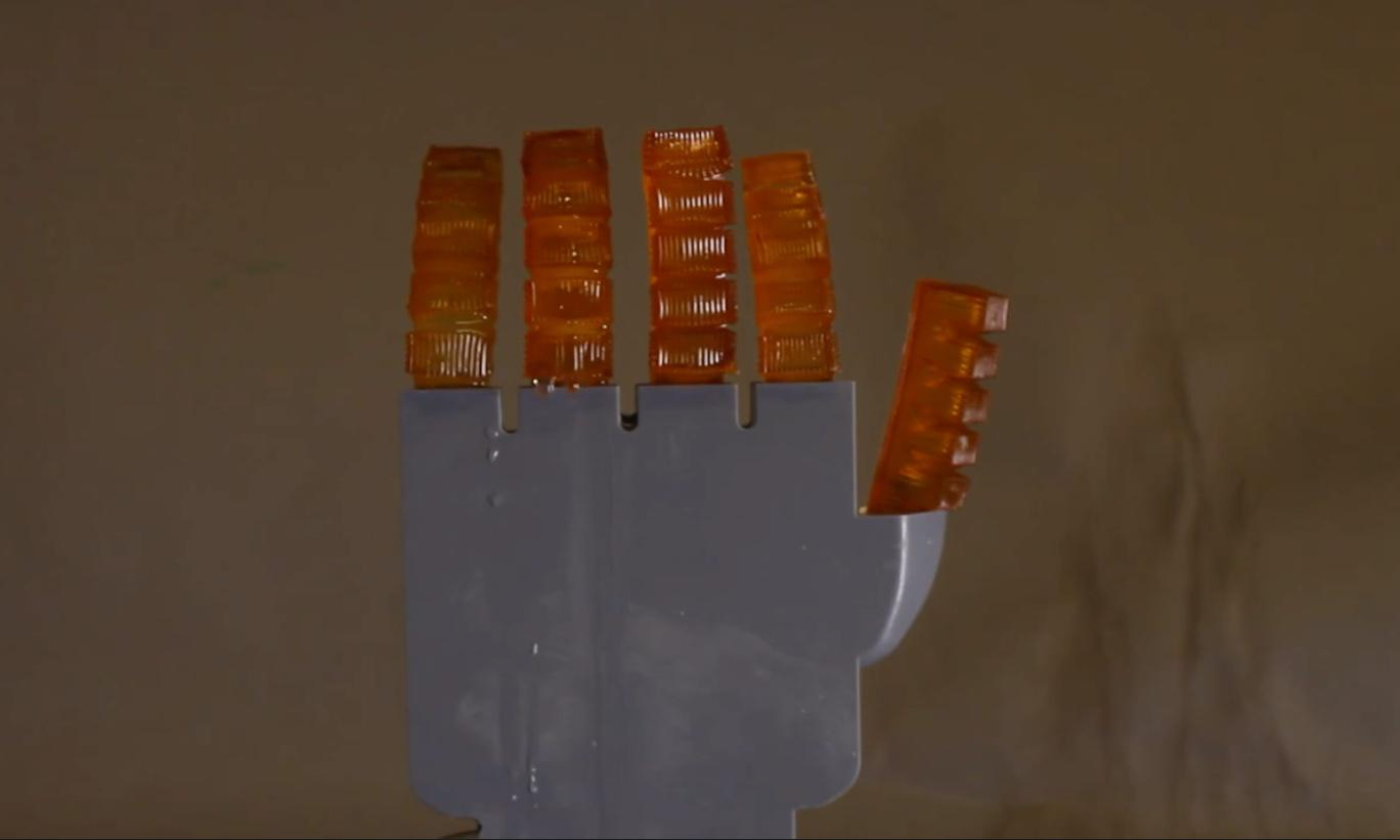 Scientists build robot hand that can sweat