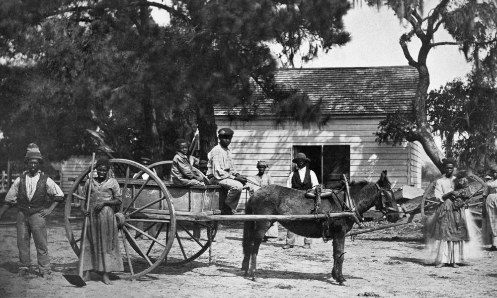 American slaves on a plantation in South Carolina, 1862.