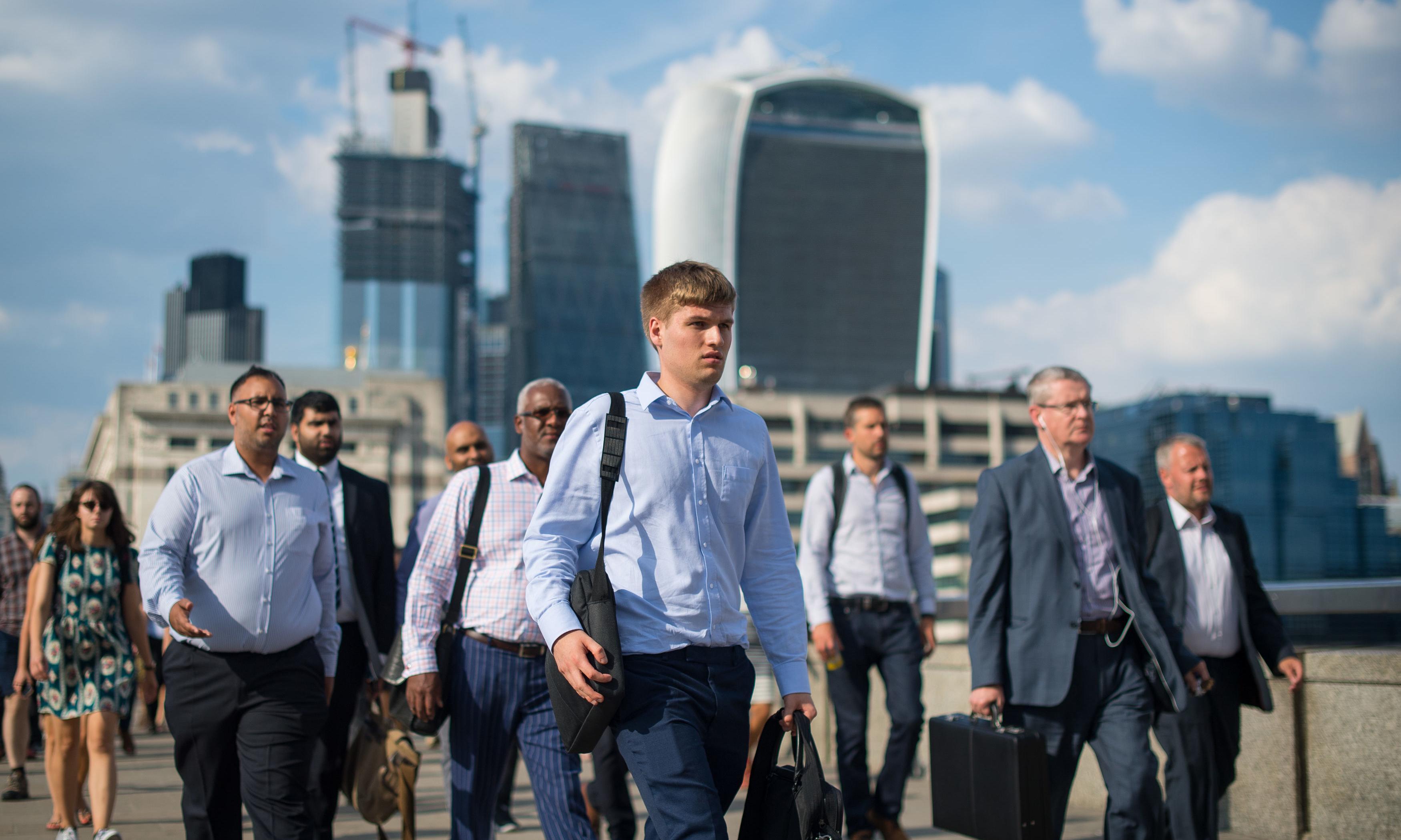 UK pay growth strong despite economic slowdown fears