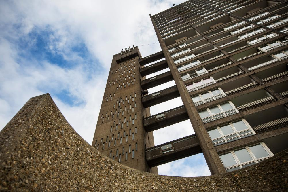 Balfron was listed in 1998.
