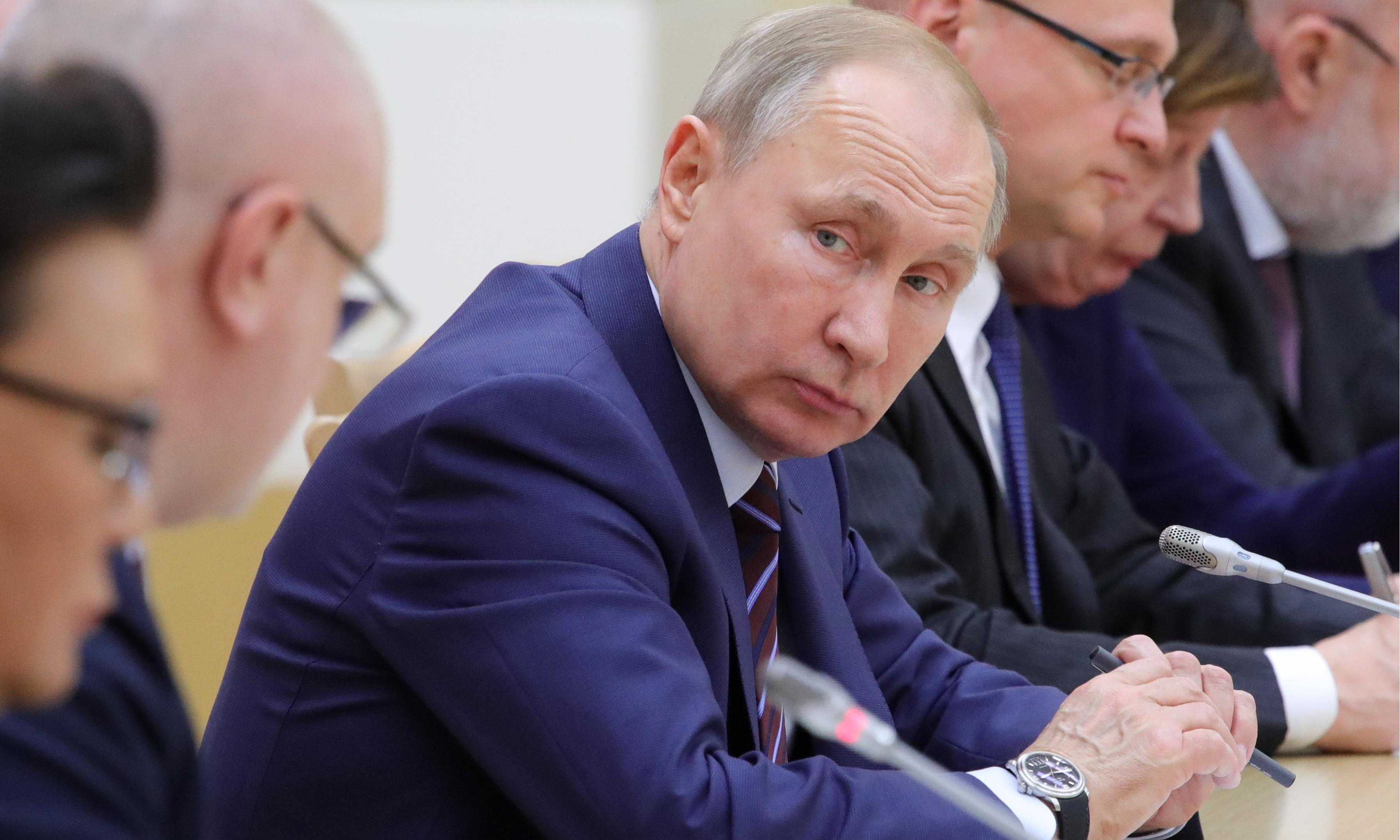 Putin's ministers were not told of resignation plans in advance