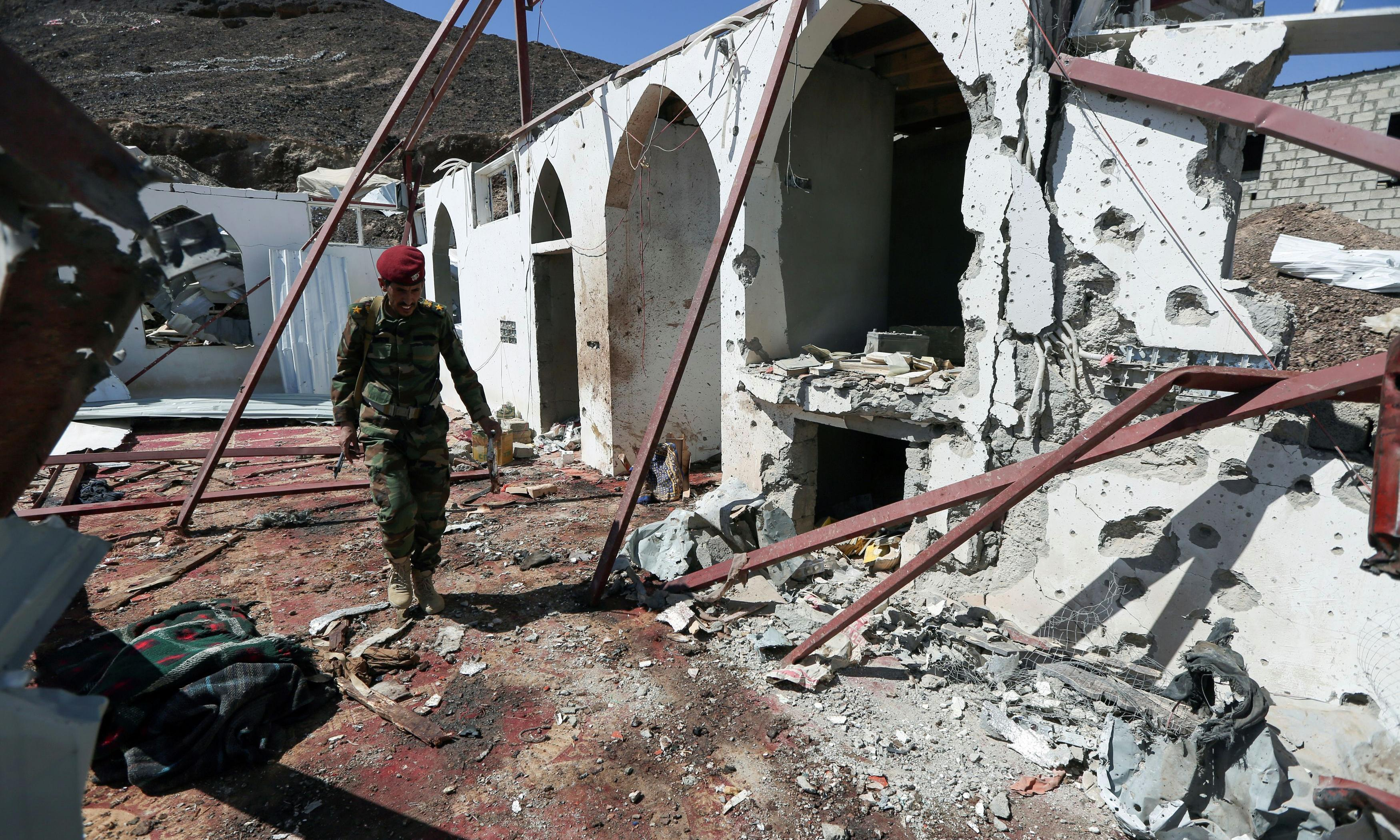 Yemen rise in violence threatens to derail peace moves, UN warns