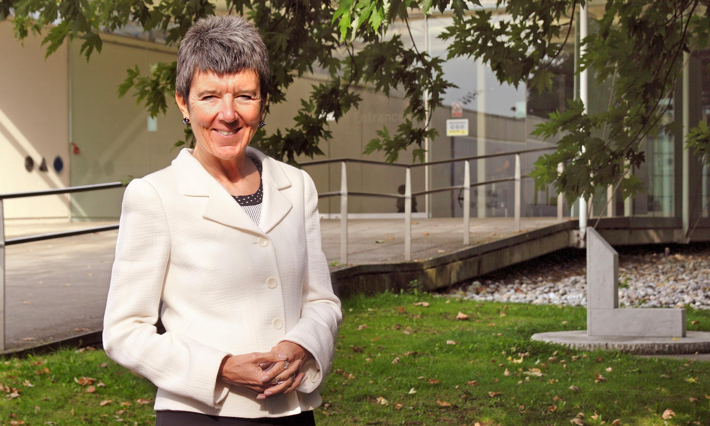 Elaine Thomas obituary