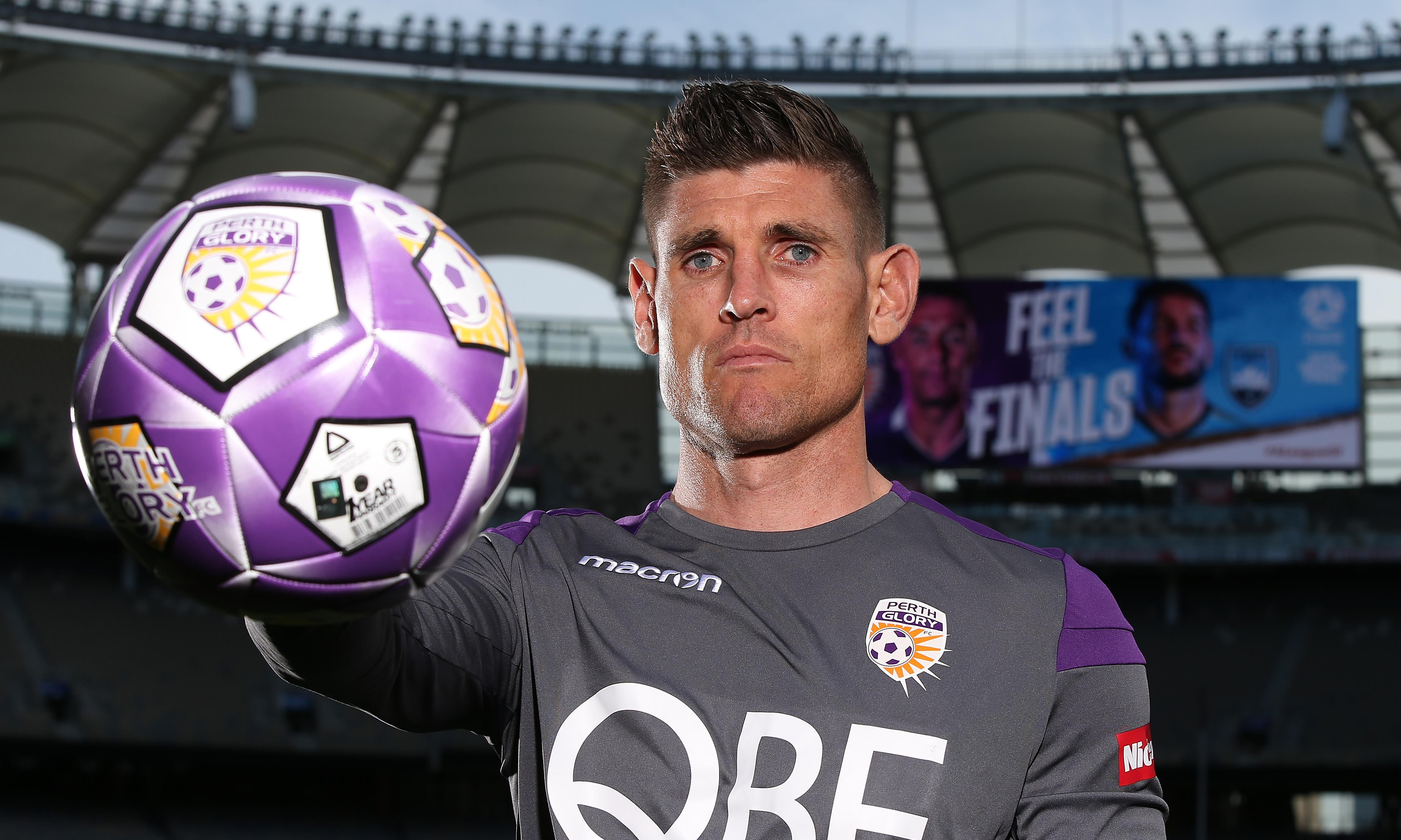 A-League grand final set for record crowd, as Perth eye first title