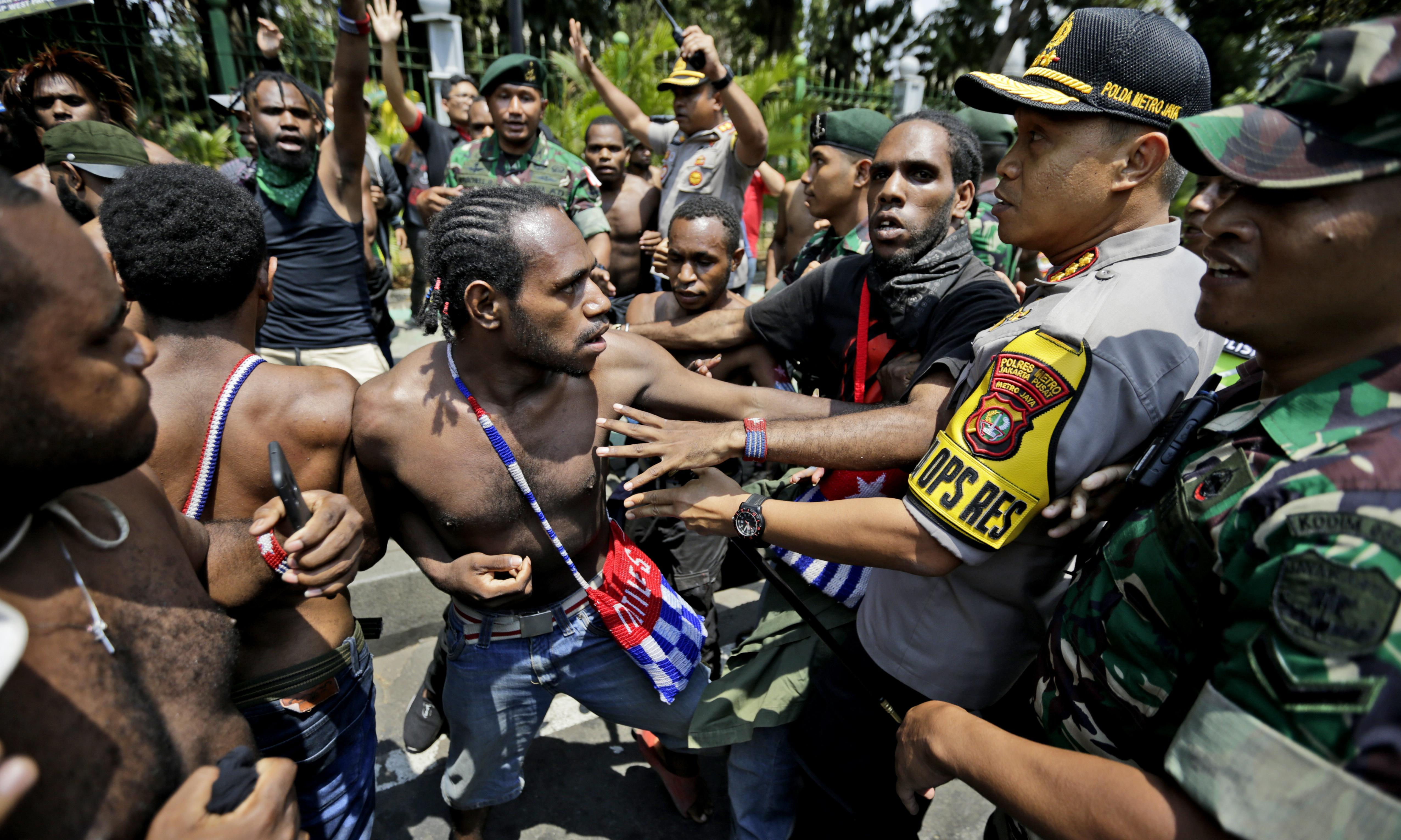 West Papua: Indonesia claims province has 'returned to normal' amid internet blackout