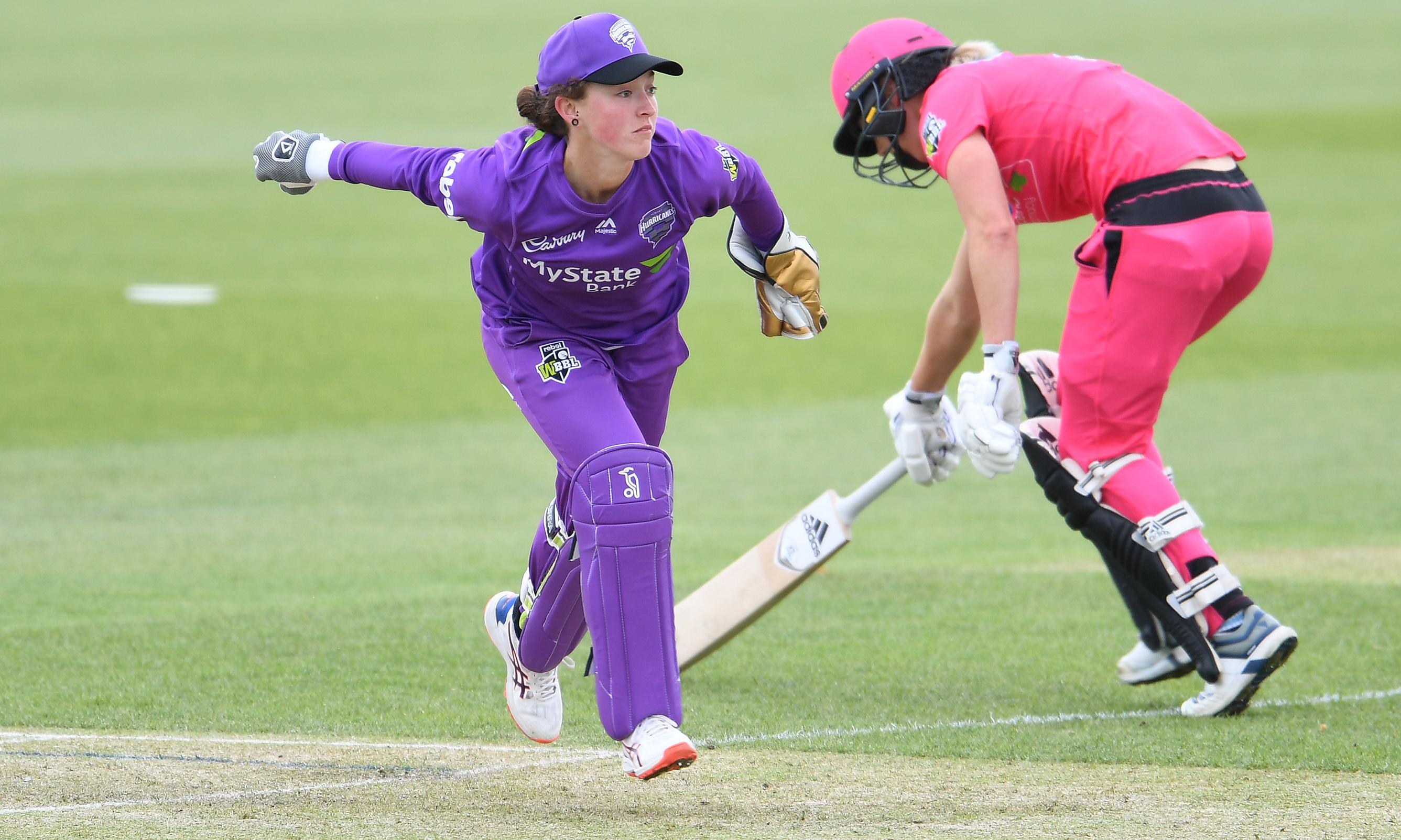 Cricket Australia bans Emily Smith for posting Hobart team on Instagram