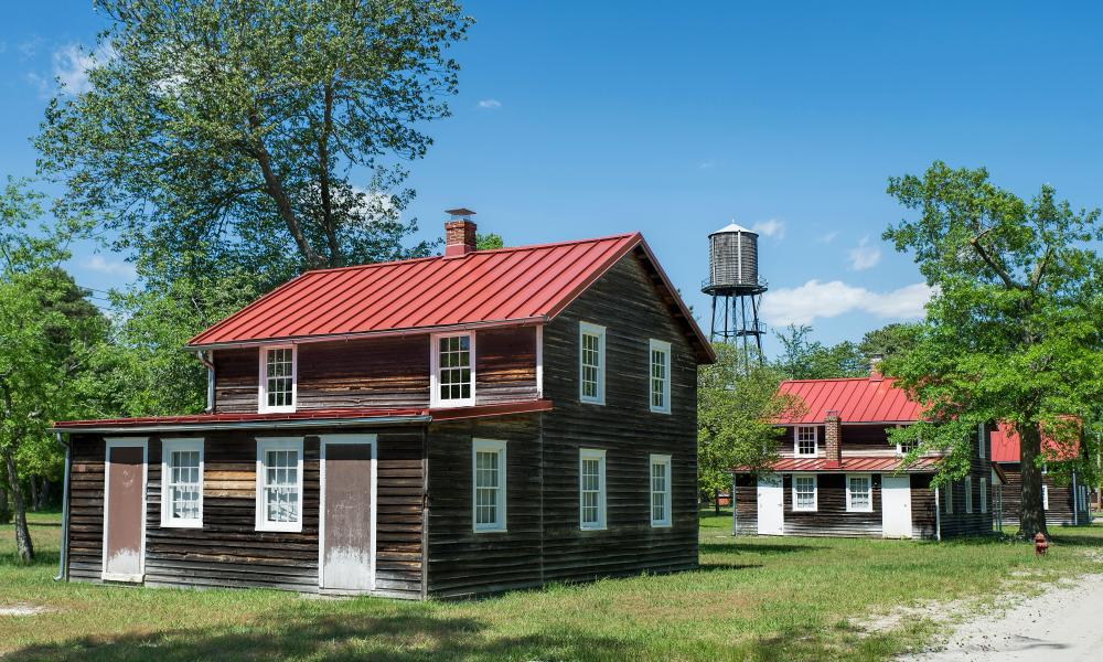 Workers' cottages in Pinelands national reserve, New Jersey, US