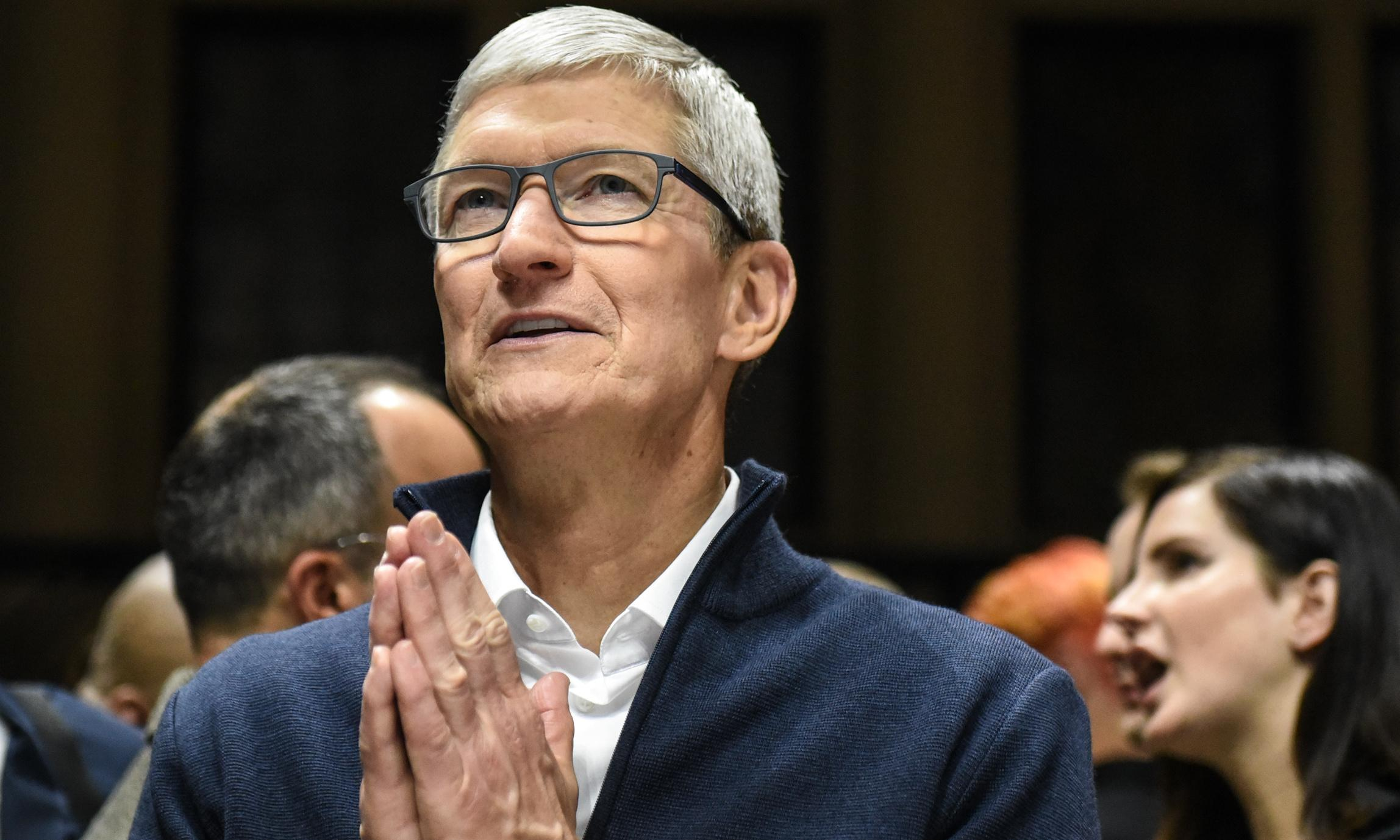 Apple chief calls for laws to tackle 'shadow economy' of data firms