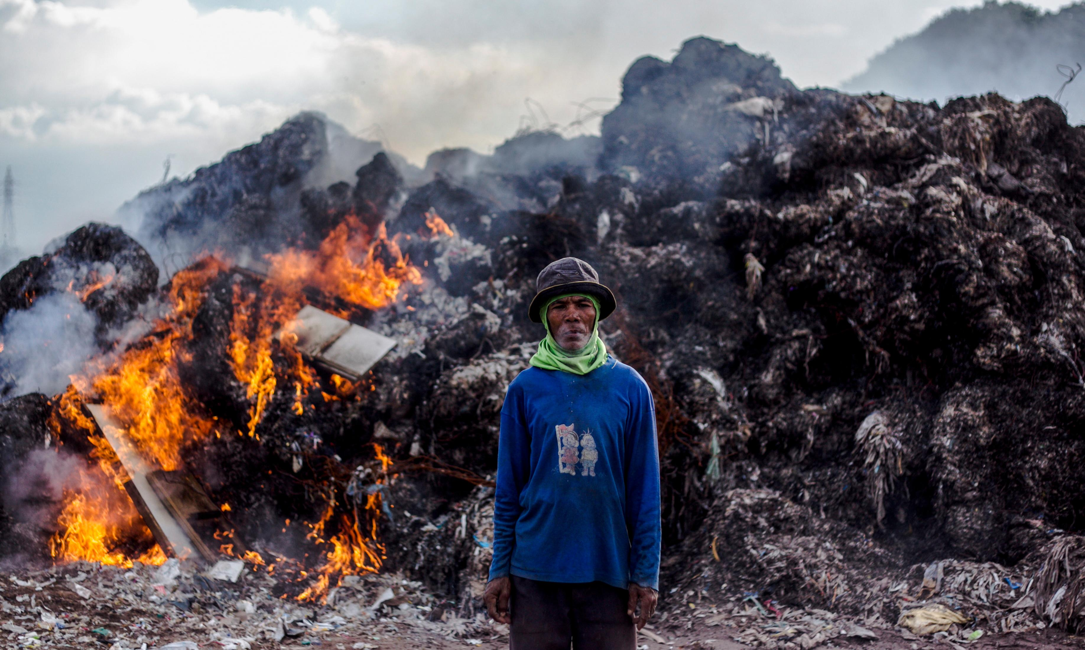 Pollutionwatch: soot study shows harm from open waste burning