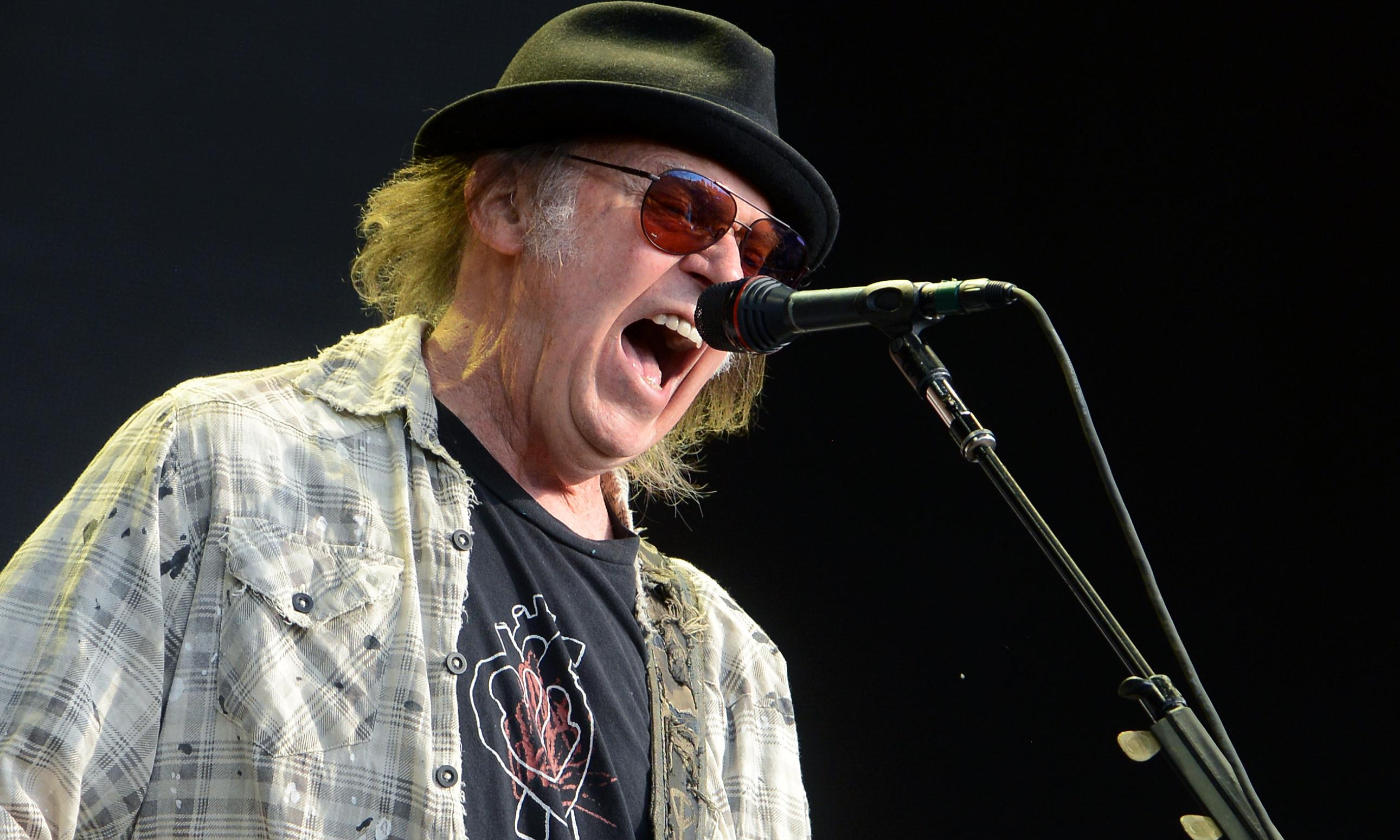 Neil Young quits Facebook in response to 'false information given to public'