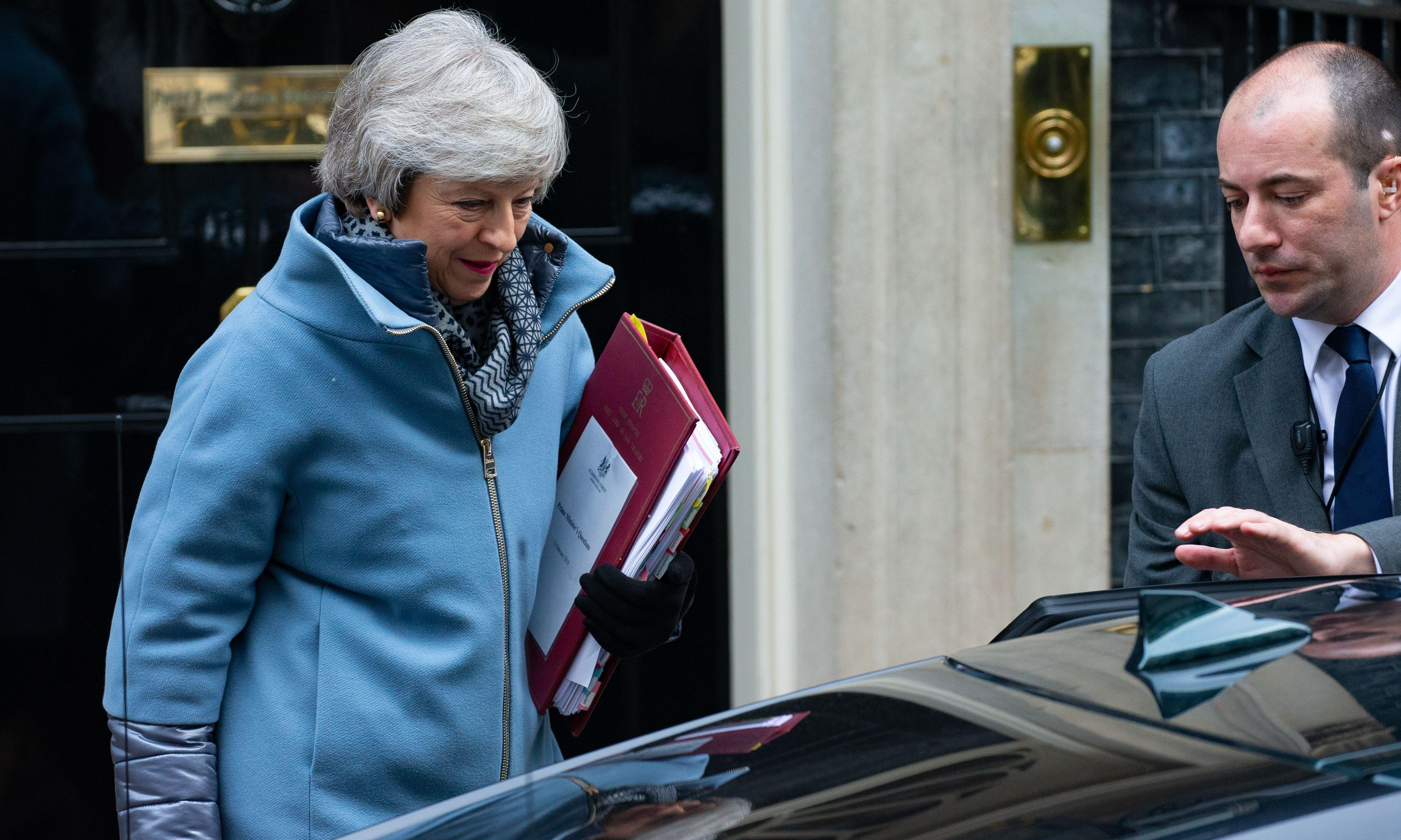 Theresa May must go in three months, cabinet ministers say