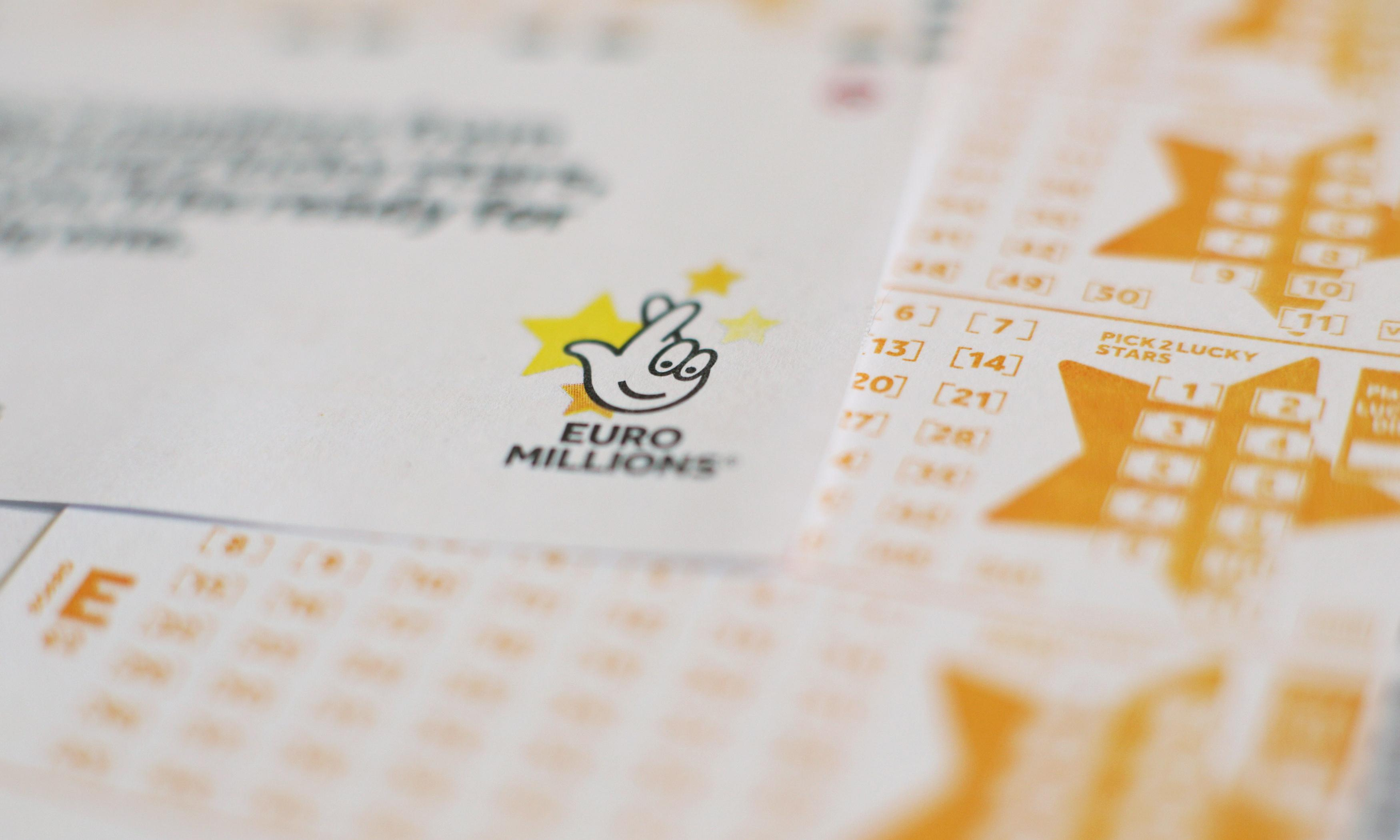 'Unbelievable': Irish family celebrate after record £152m lottery win