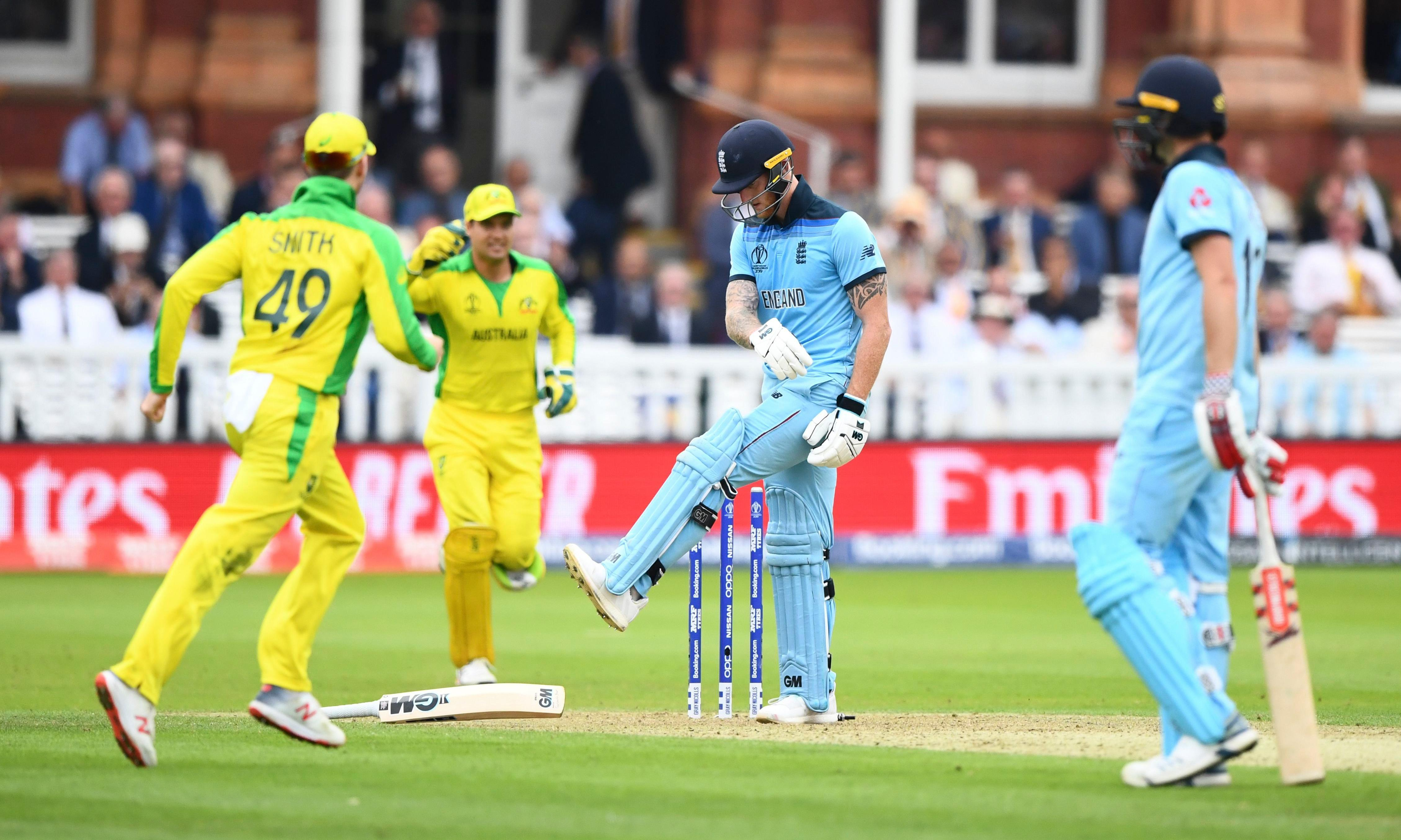 Australia deliver hammer blow to England's Cricket World Cup hopes
