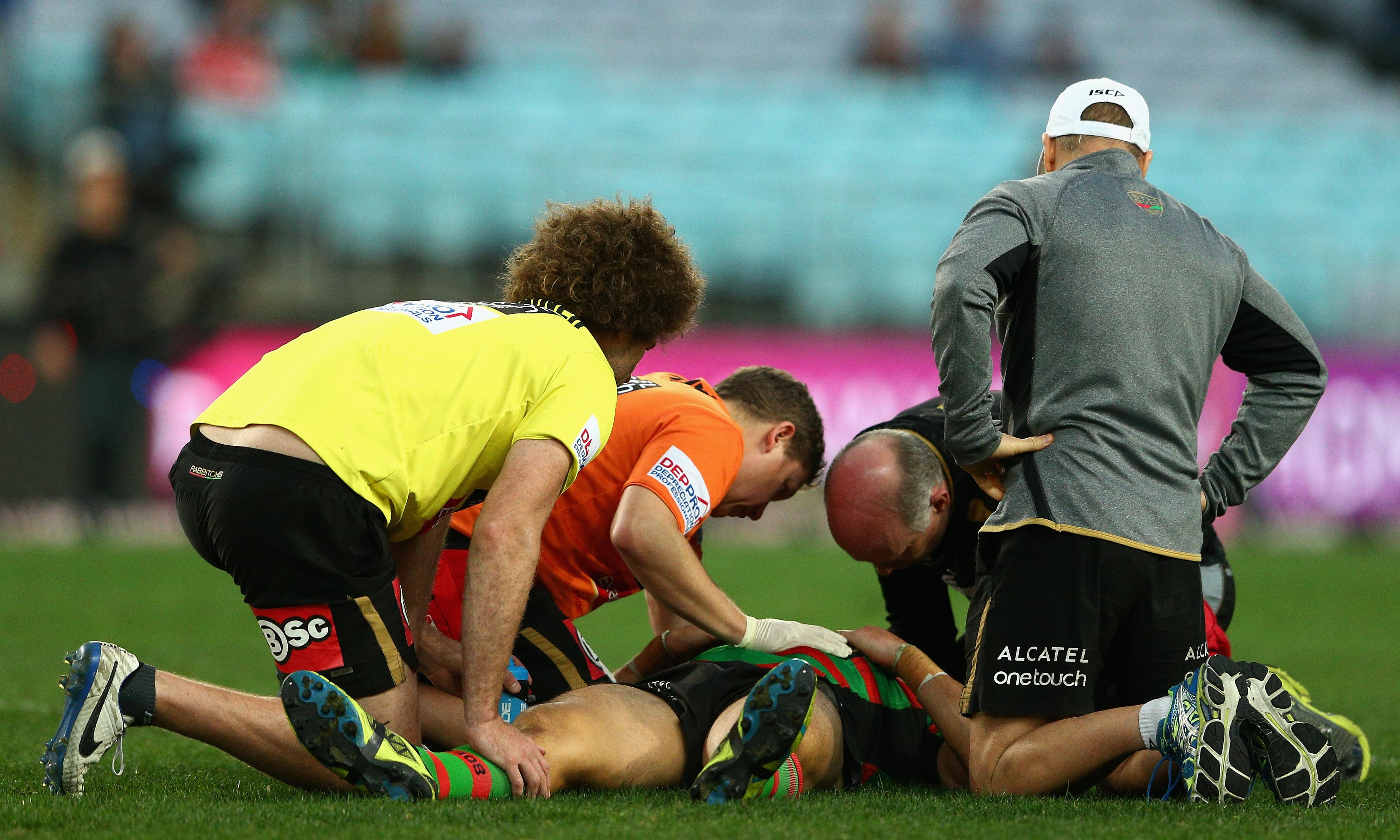 Rugby league players consider class action over NRL's treatment of concussions