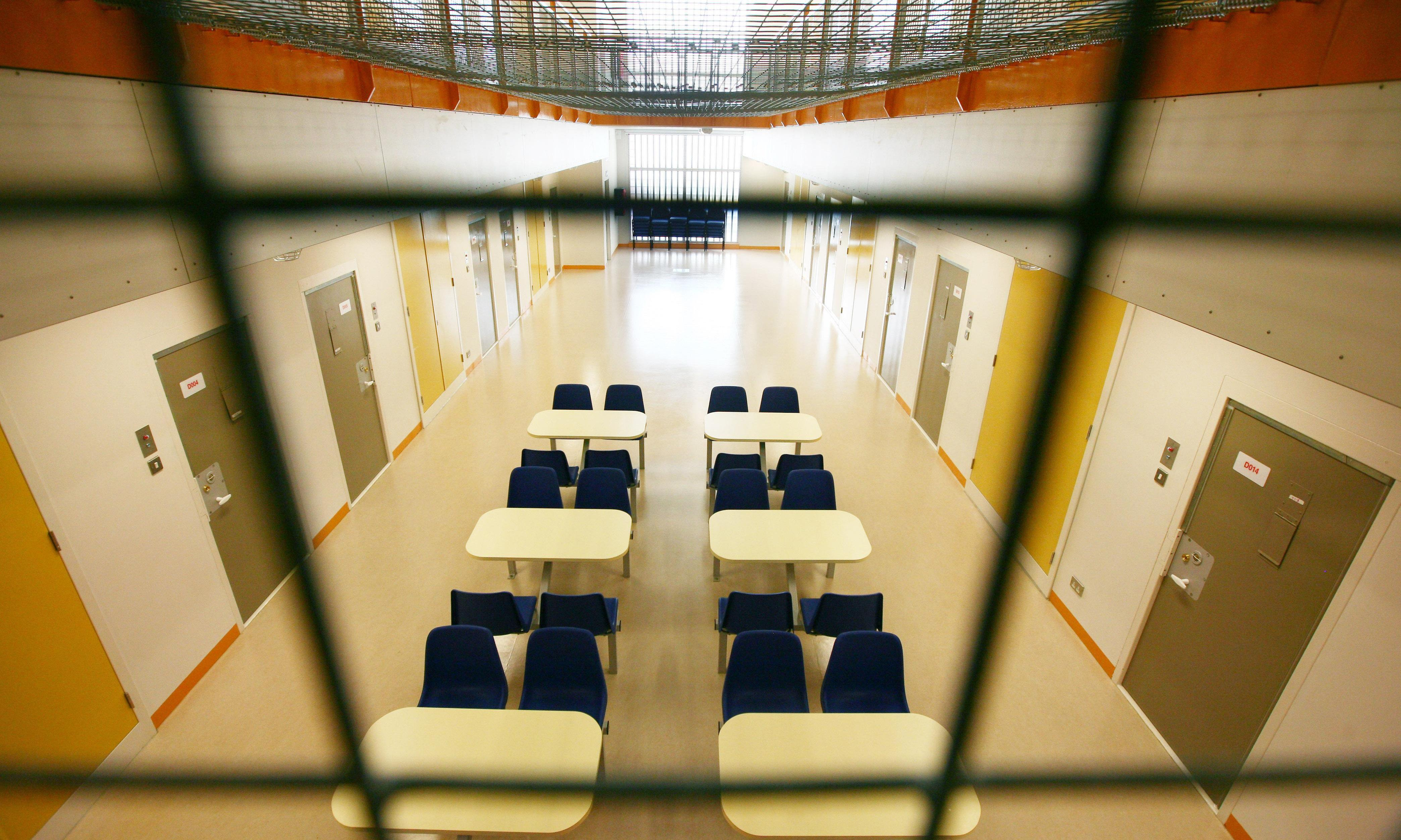 Judge orders public inquiry into abuse claims at immigration removal centre