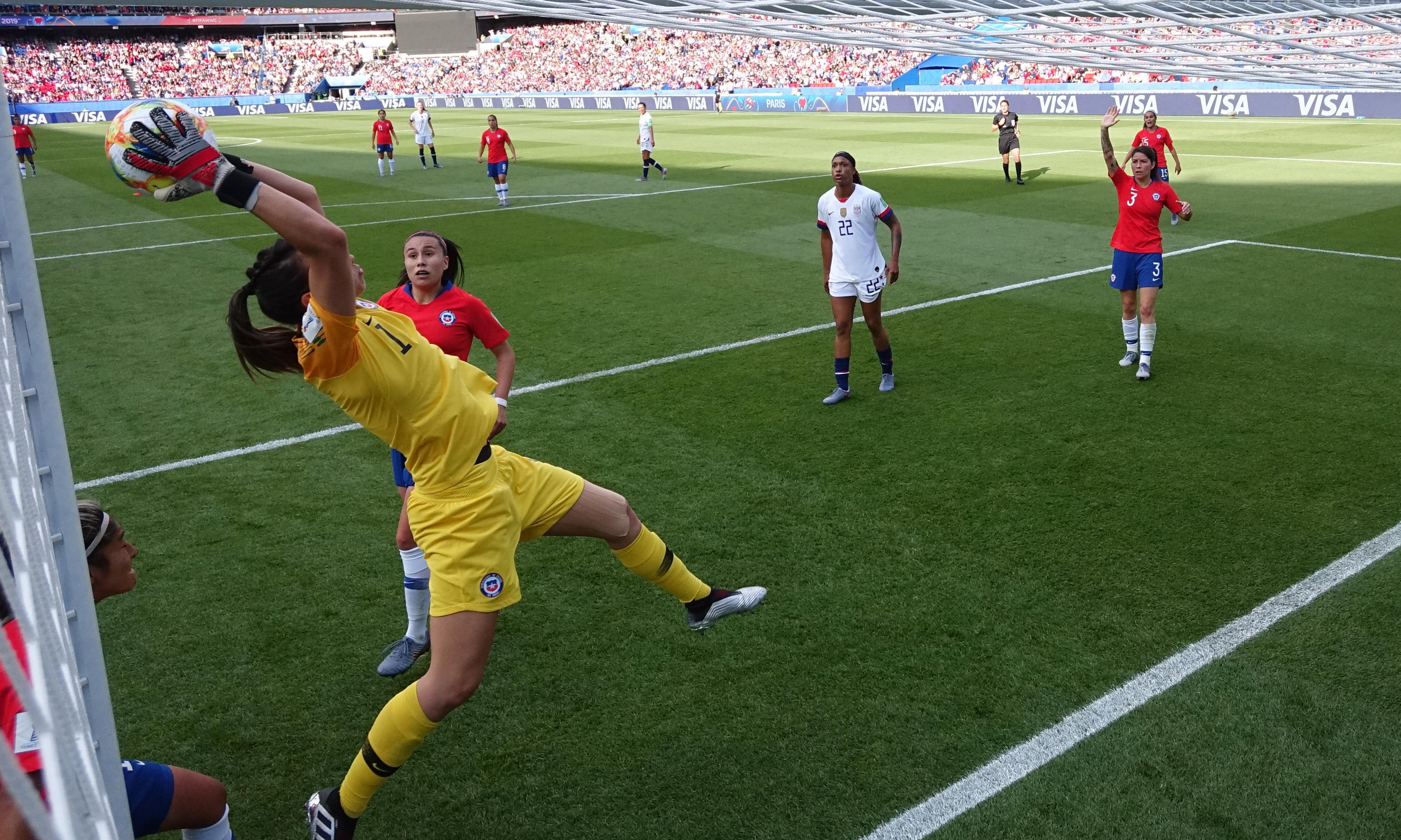 The superb Christiane Endler shows women don't need smaller goals