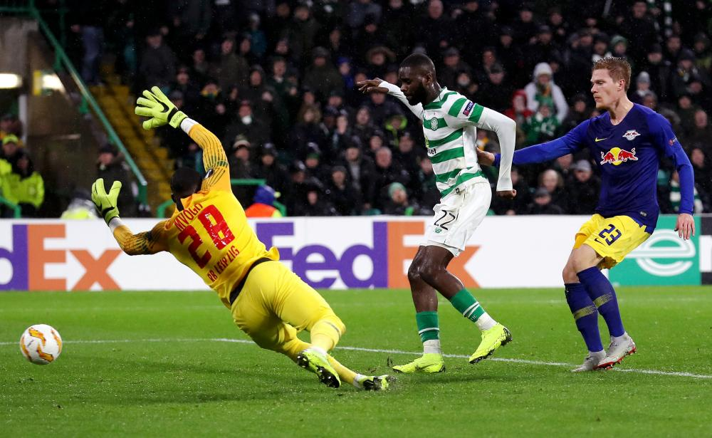 Edouard scores Celtic's second.