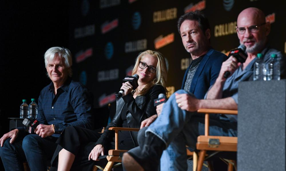 The X-Files TV panel with Chris Carter, Gillian Anderson, David Duchovny and Mitch Pileggi.