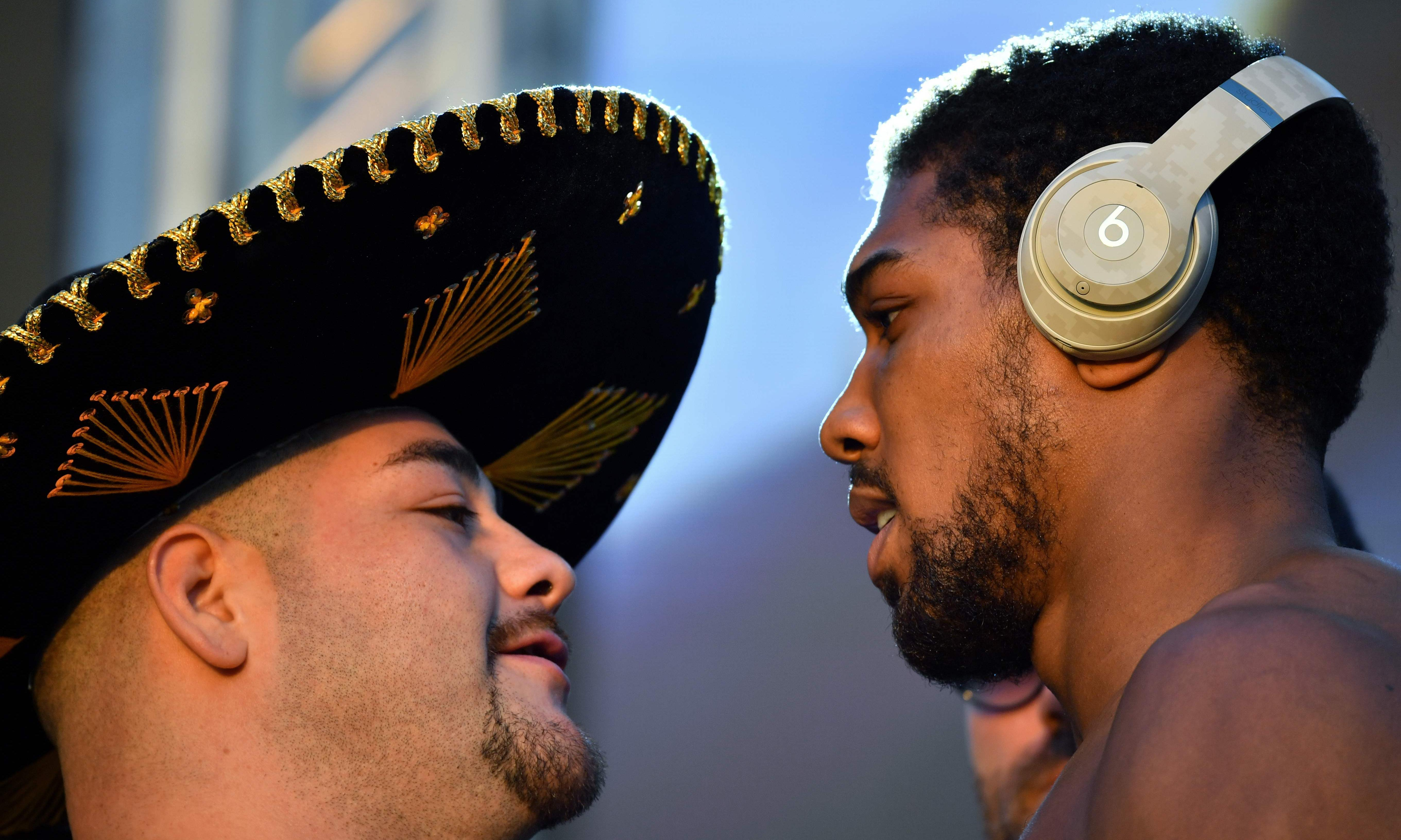 Sports quiz of the week: clothes, coins and a heavyweight contest