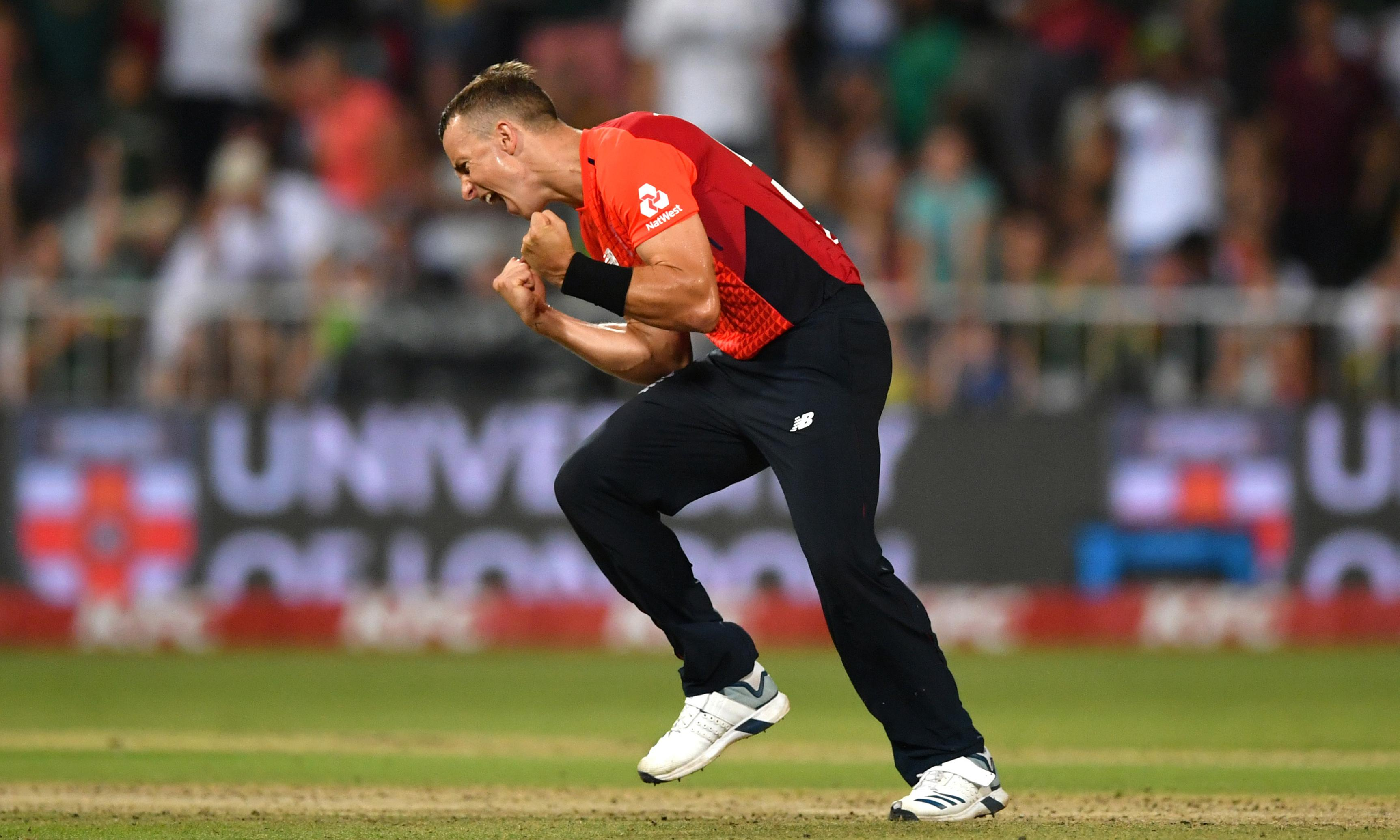 Tom Curran to rescue as England level T20 series with South Africa