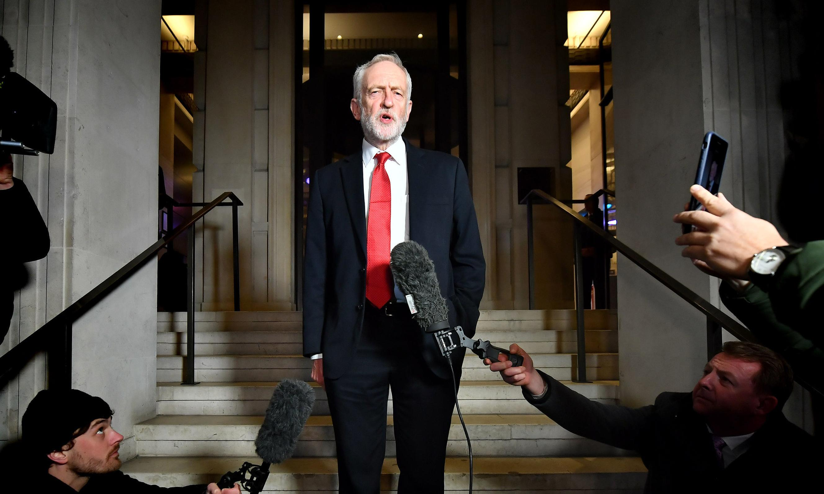 Corbyn counts on TV debates to close the gap as Tories' poll lead increases