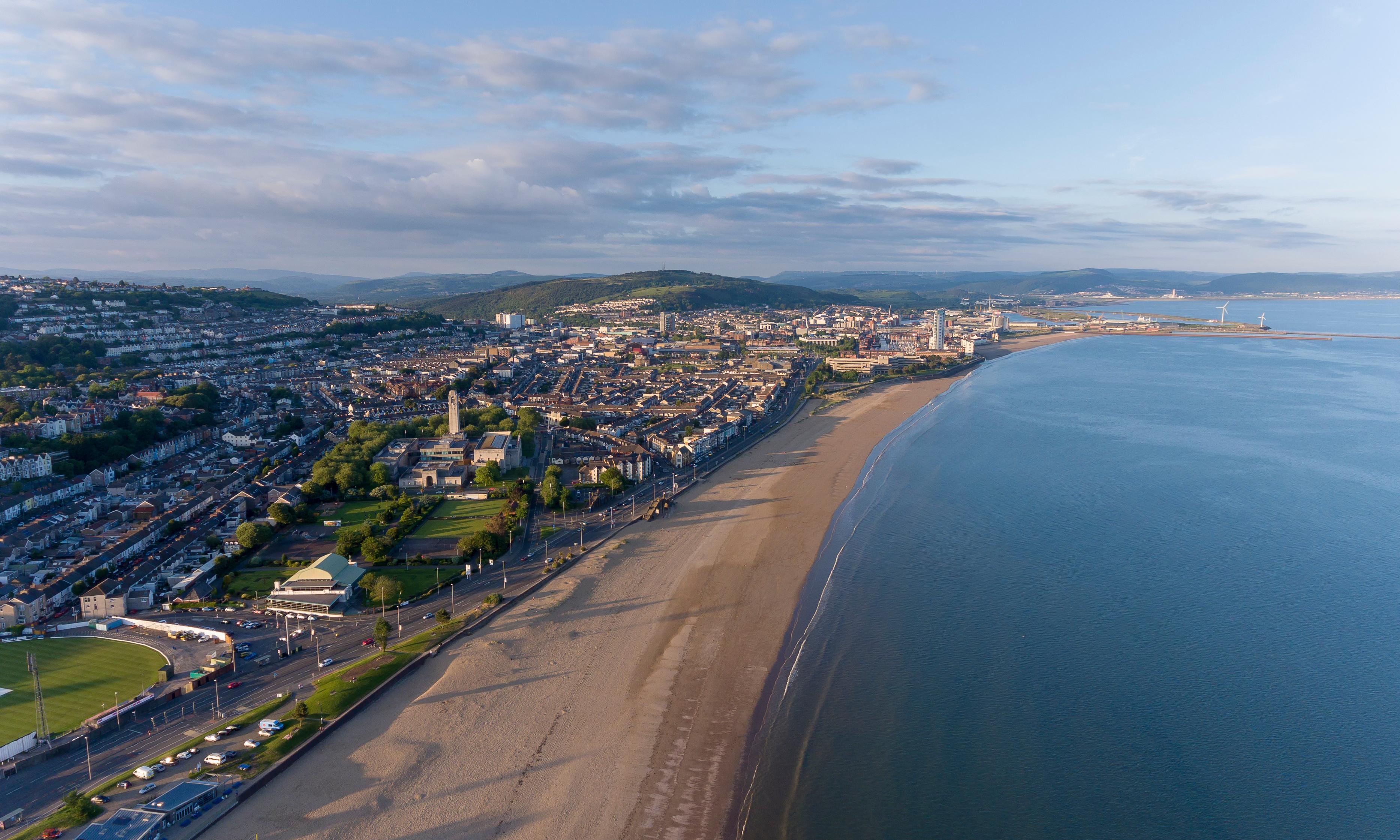 Strolling in Swansea: take a dander in Dylan's footsteps