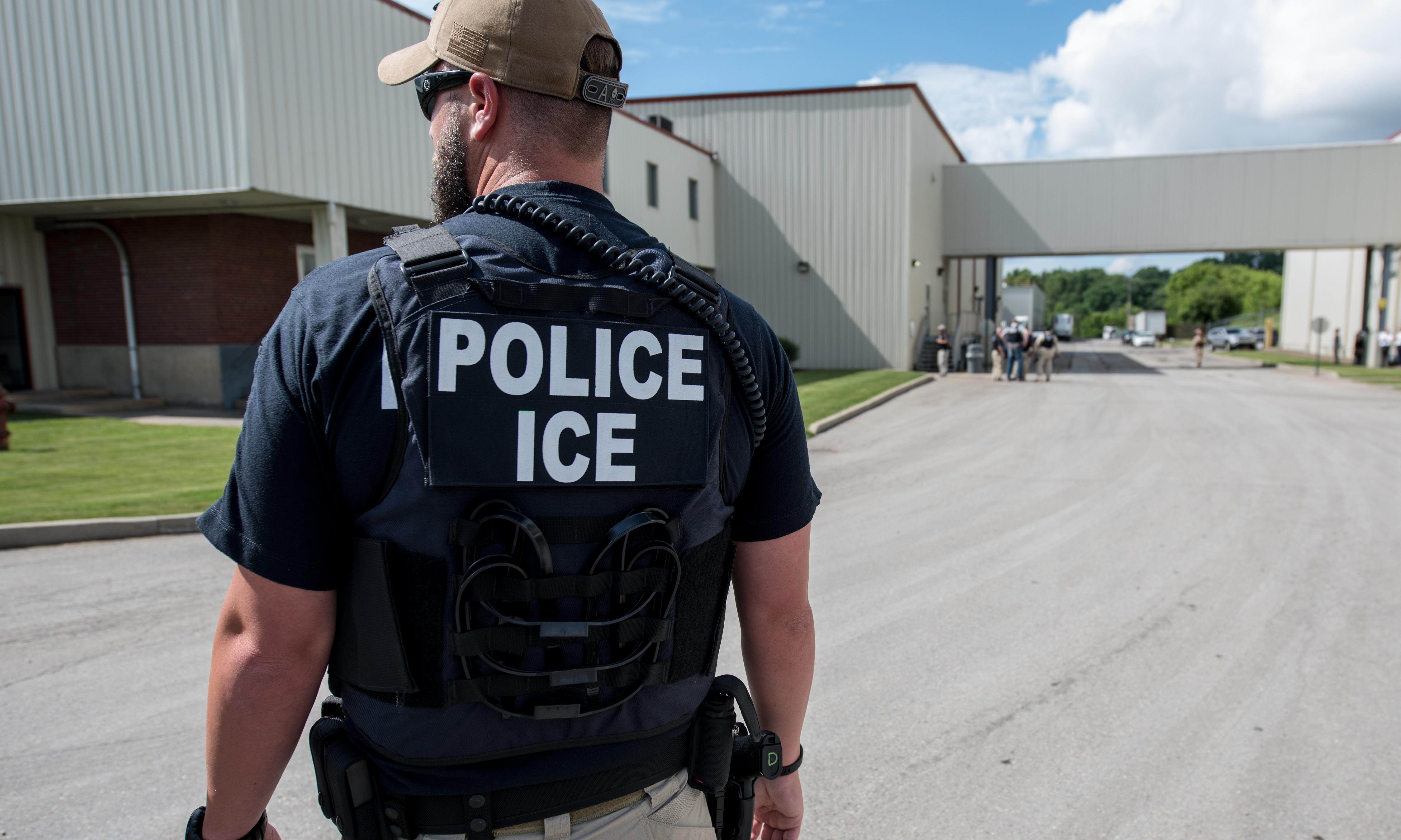 100 armed agents and 143 arrests: the Ice raid that traumatized a small Ohio town