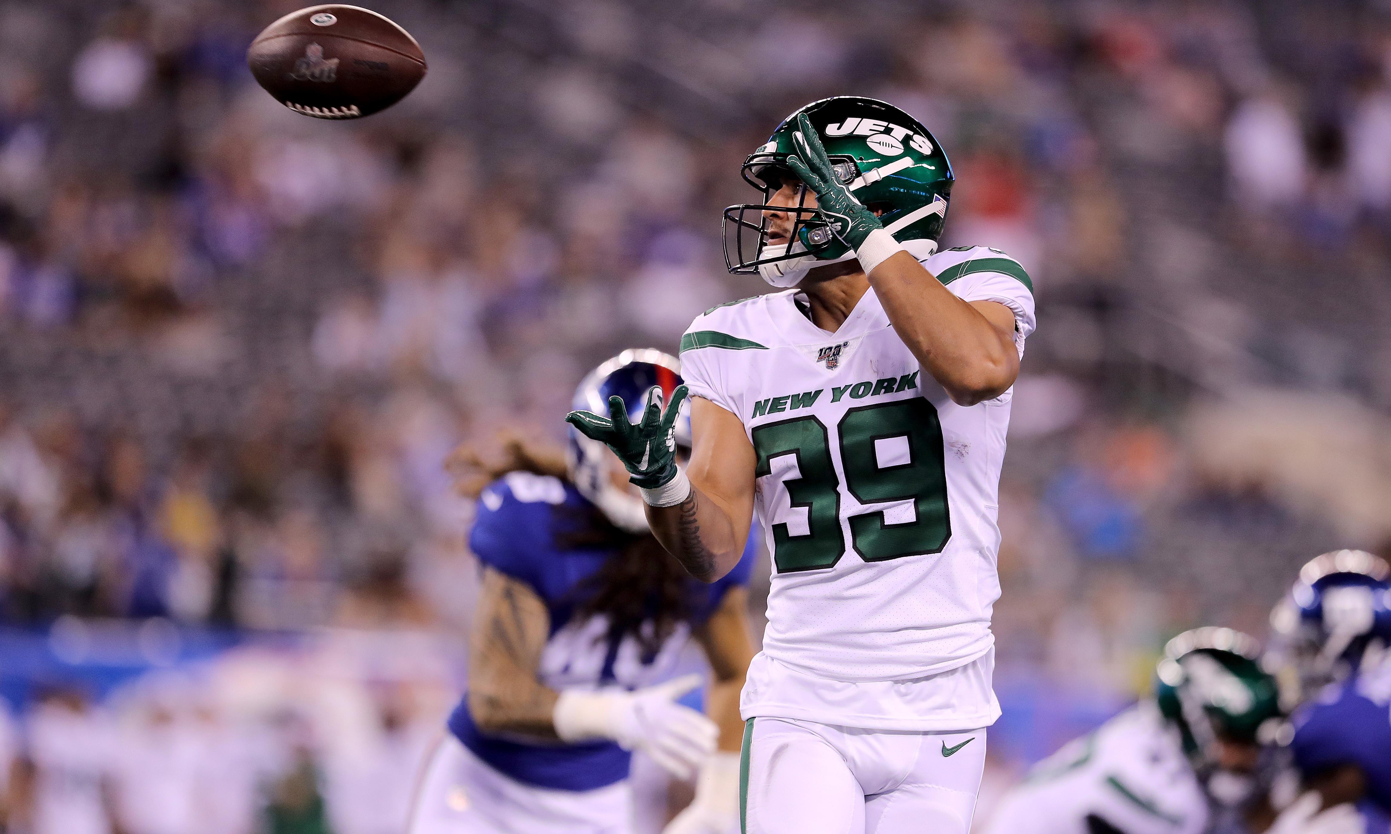 Valentine Holmes impresses on NFL debut for New York Jets