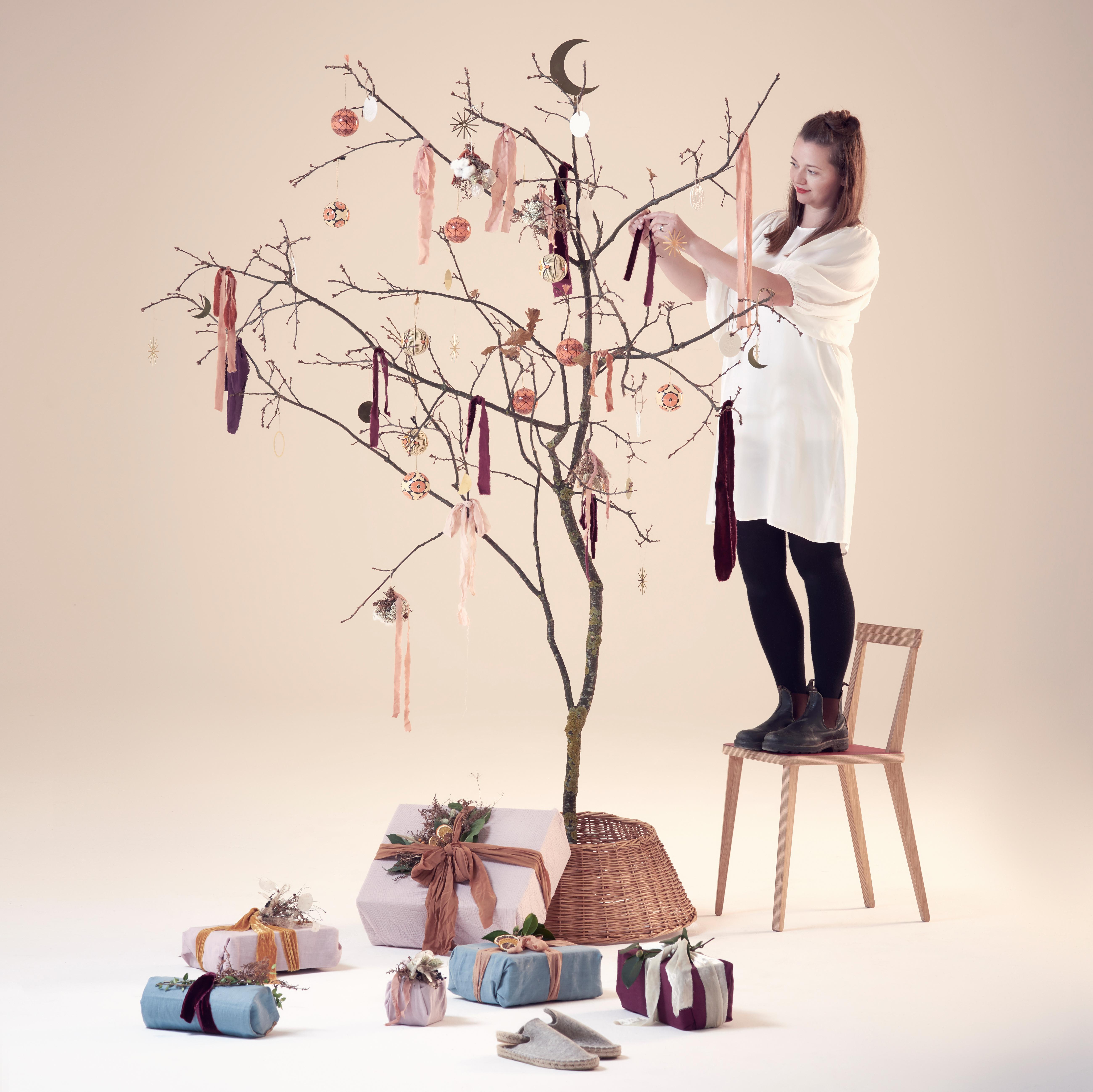 Dreaming of a green Christmas: make your own sustainable tree