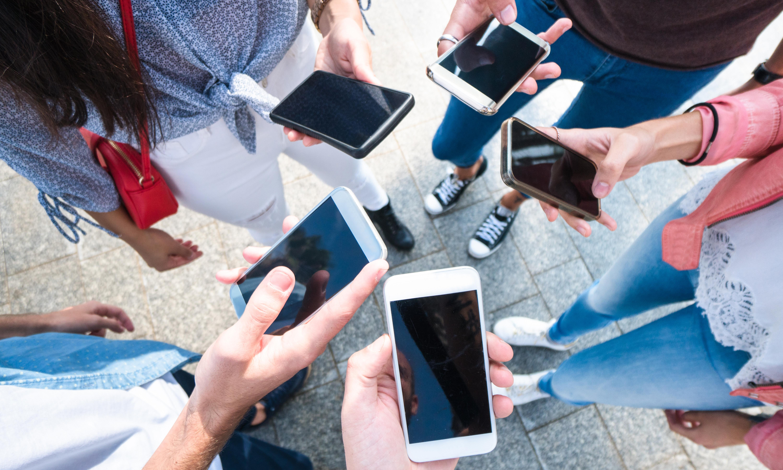 Five of the best top-end smartphones