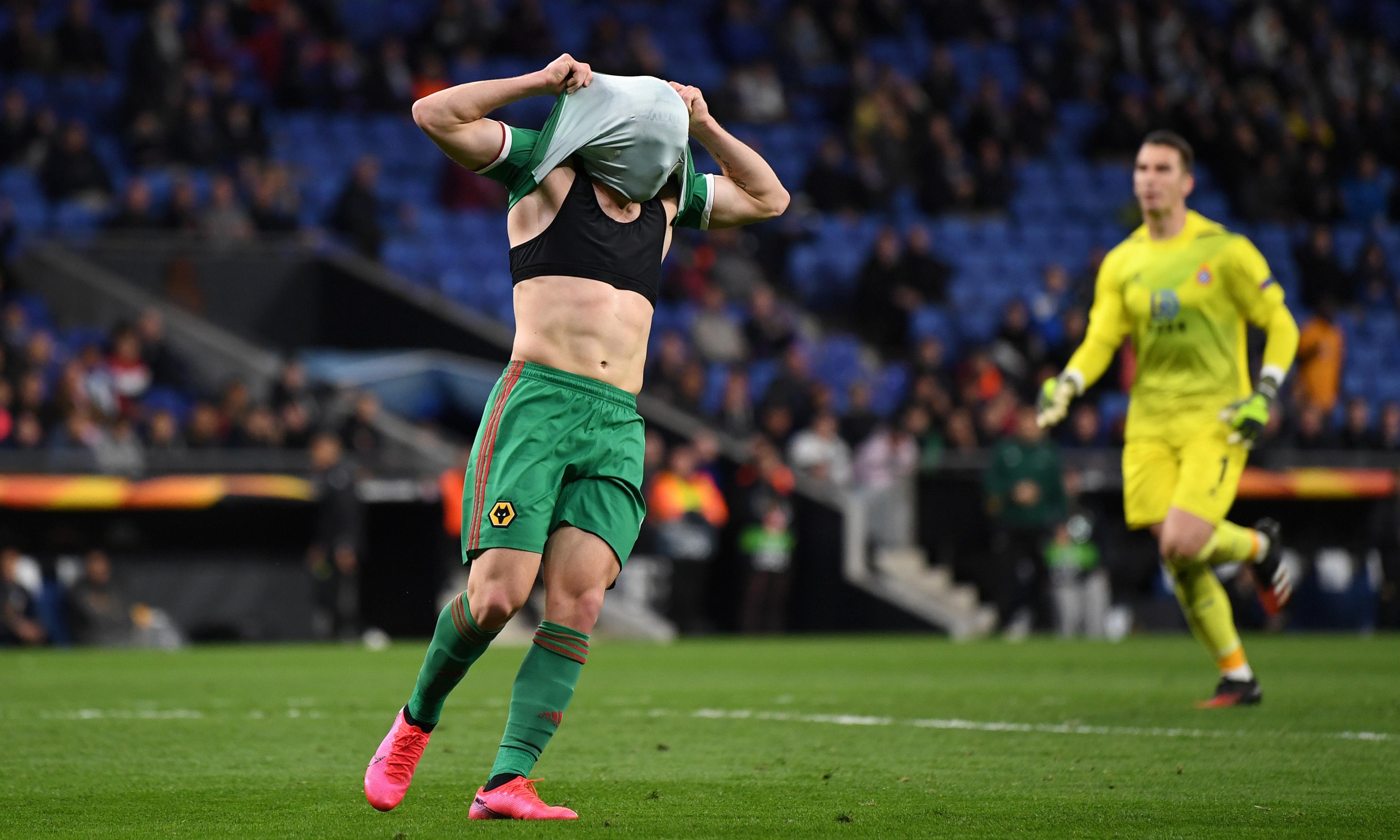 Wolves progress in Europa League despite Espanyol loss and Neto howler