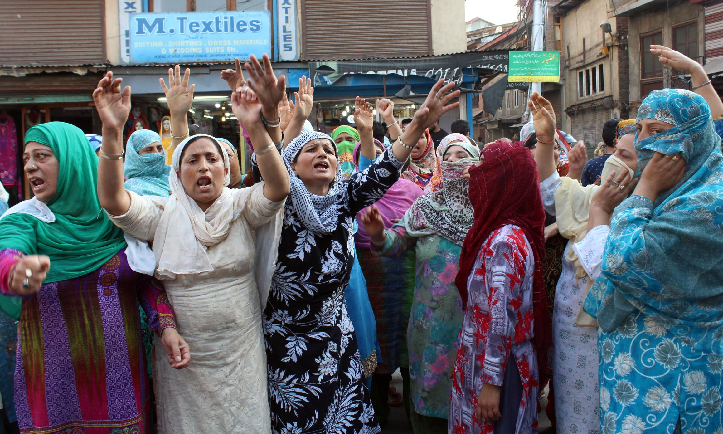 'Braid chopping' claims in Kashmir spark mass panic and mob violence