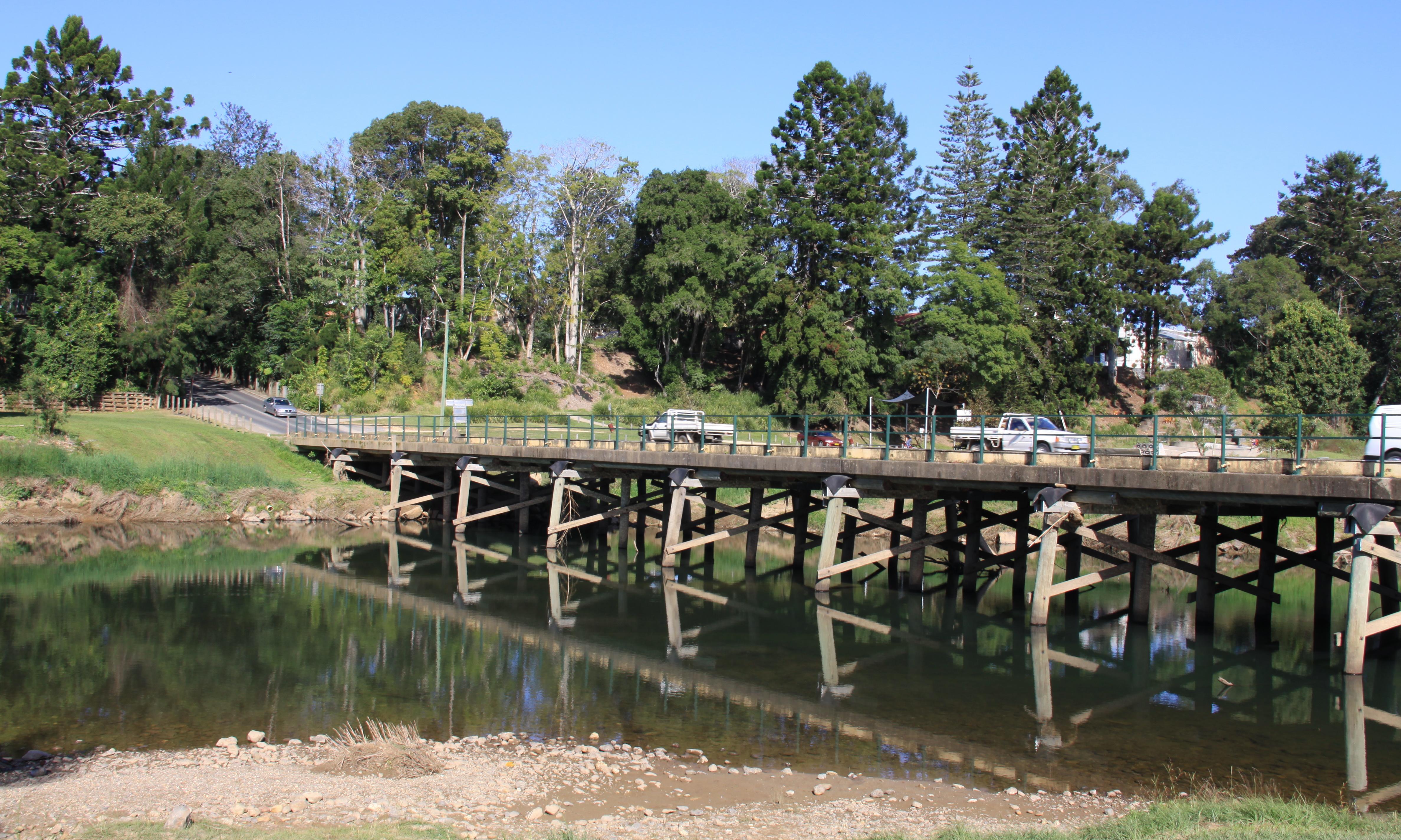 NSW coastal towns face anxious wait for rain as water supplies dwindle