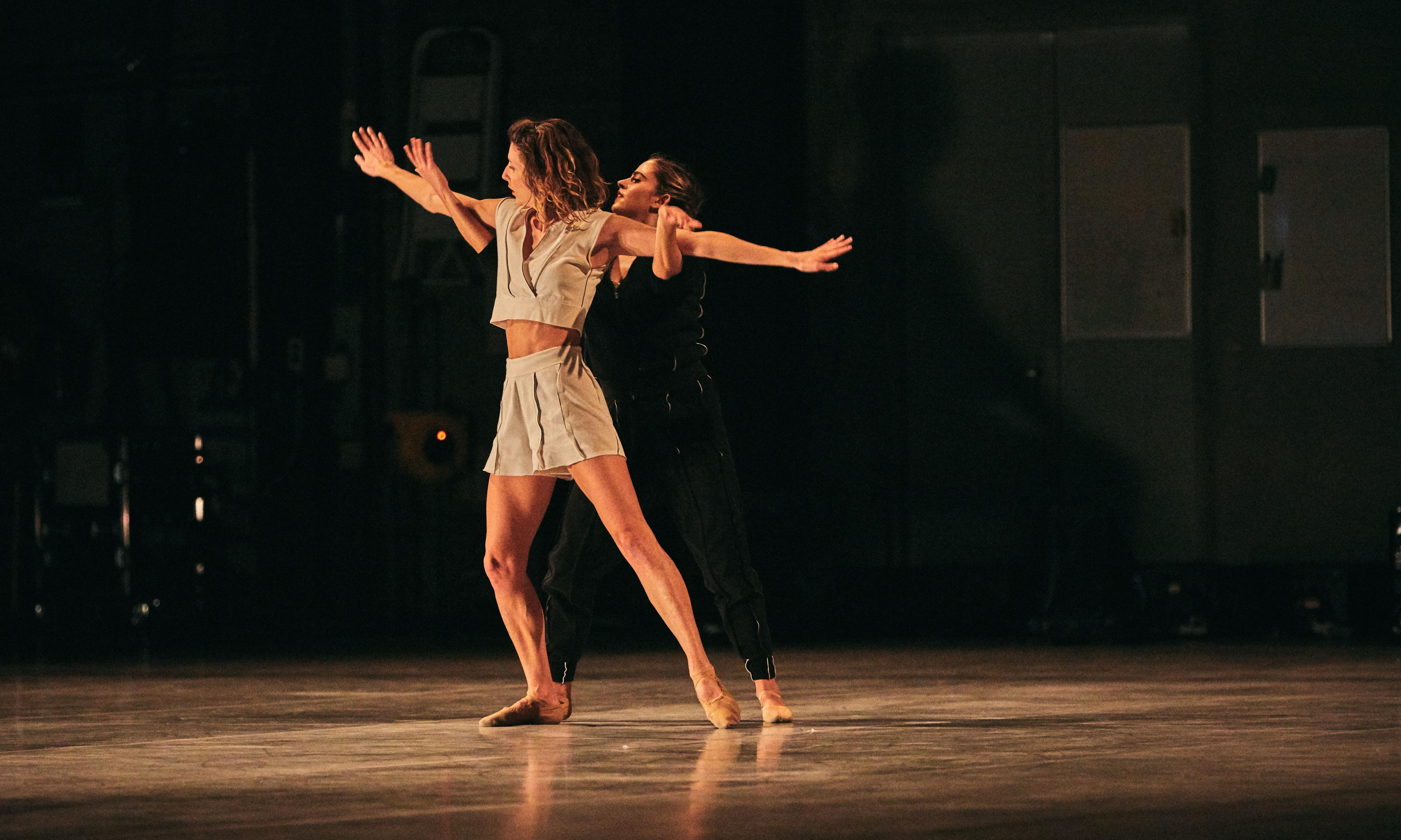 LA Dance Project review - molten moves from the dynamic dozen
