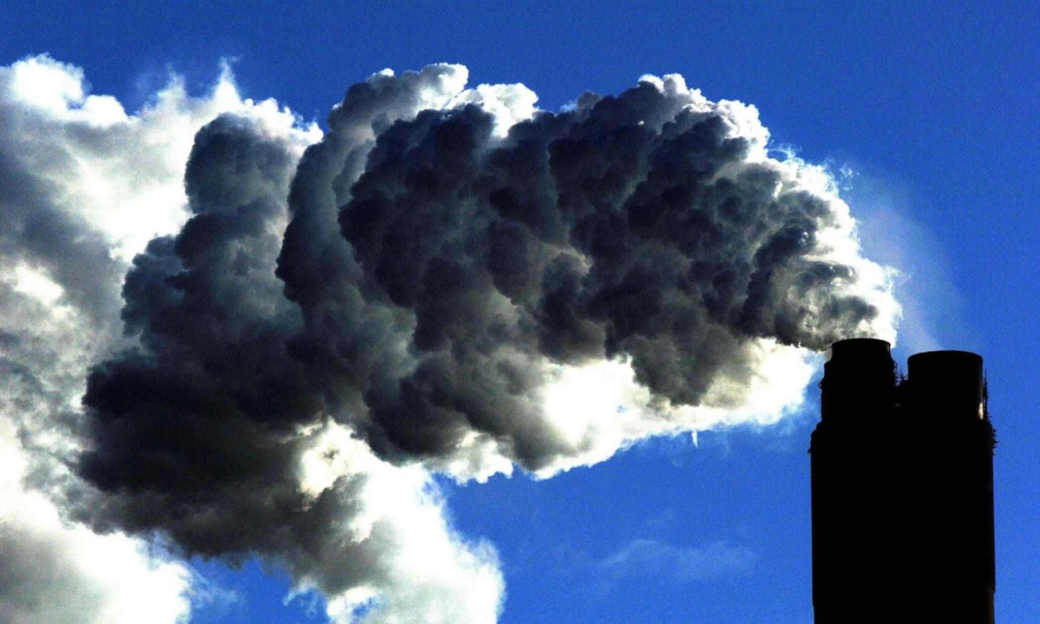 Fossil fuel pollution behind 4m premature deaths a year – study