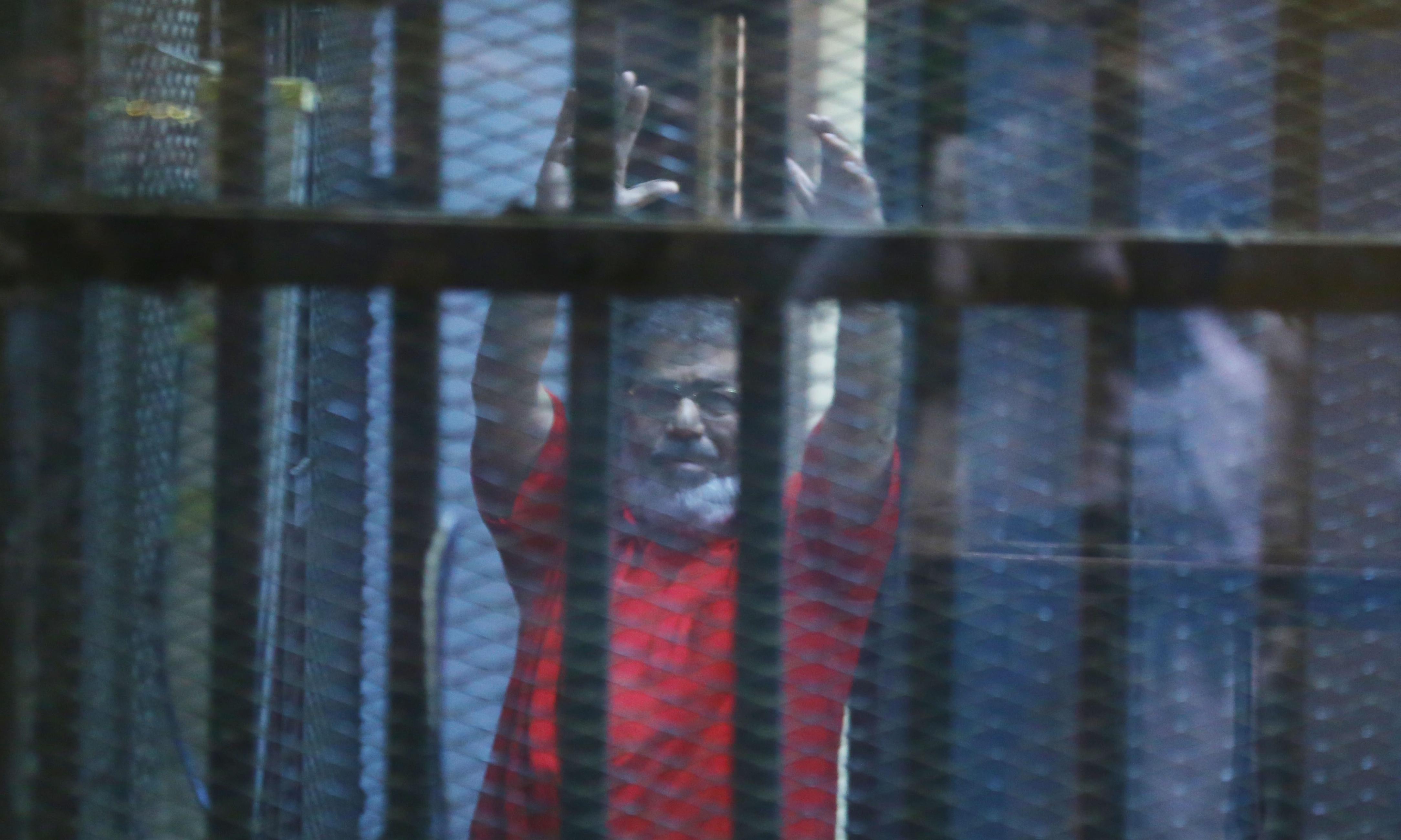 Mohamed Morsi, ousted president of Egypt, dies in court