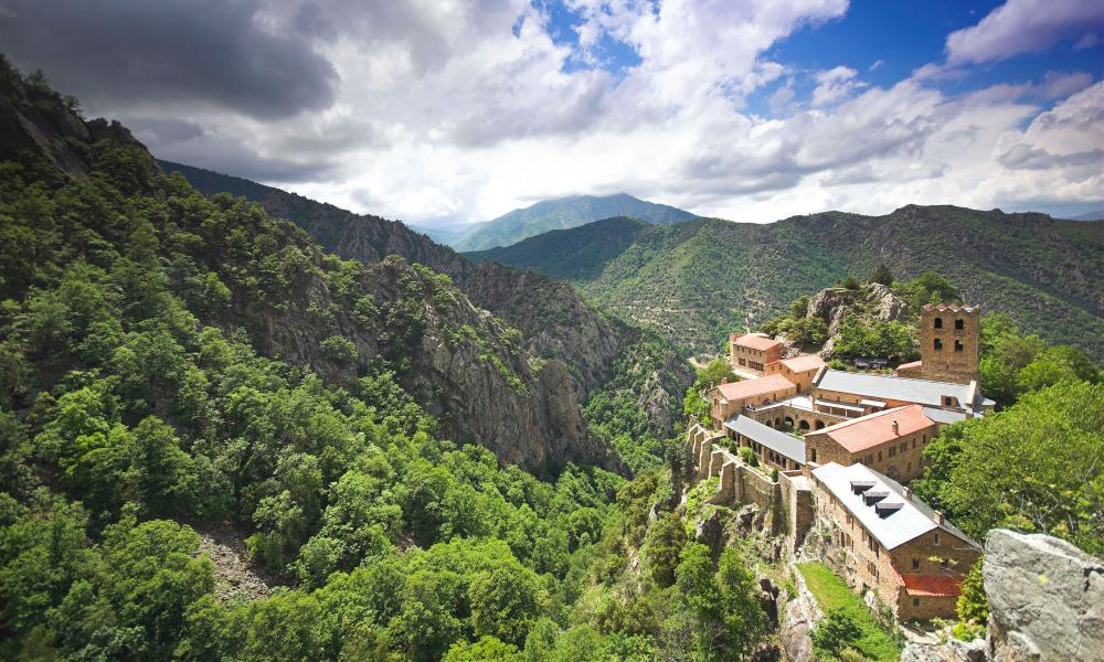 france road trip perpignan cathar castles and the spanish border tripulous. Black Bedroom Furniture Sets. Home Design Ideas