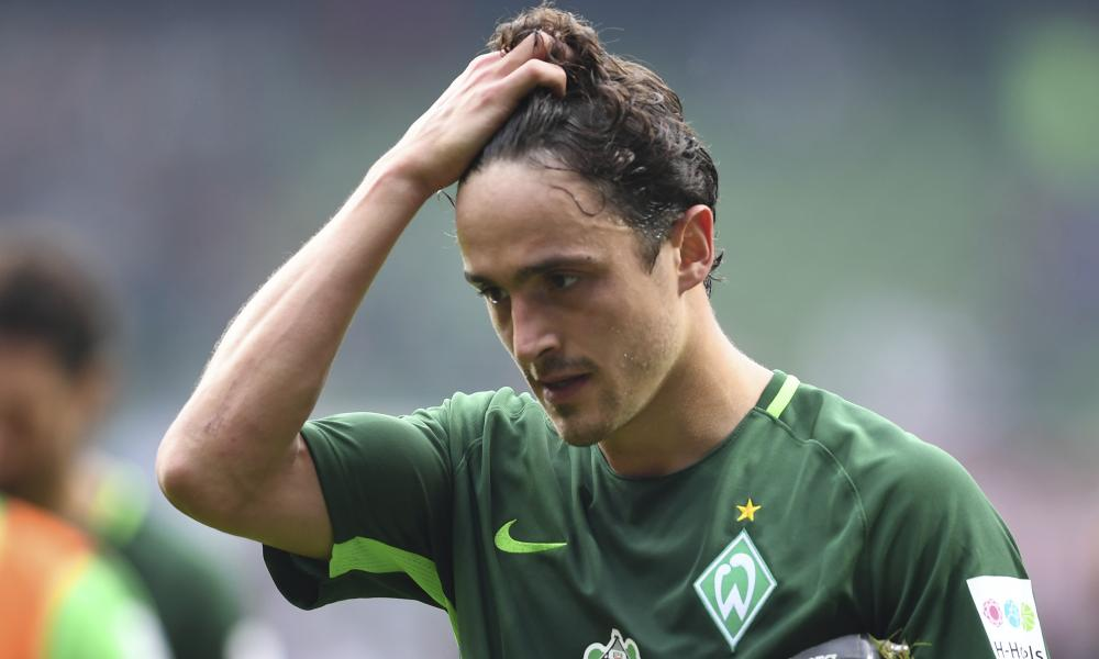 Thomas Delaney leaves the field during Bremen's 0-0 draw with Freiburg.