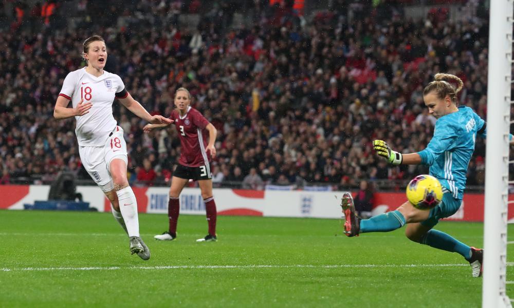 Ellen White scores for England on the stroke of half-time.