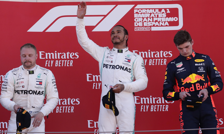 Lewis Hamilton ready for F1 Bottas battle as Ferrari struggle to keep pace