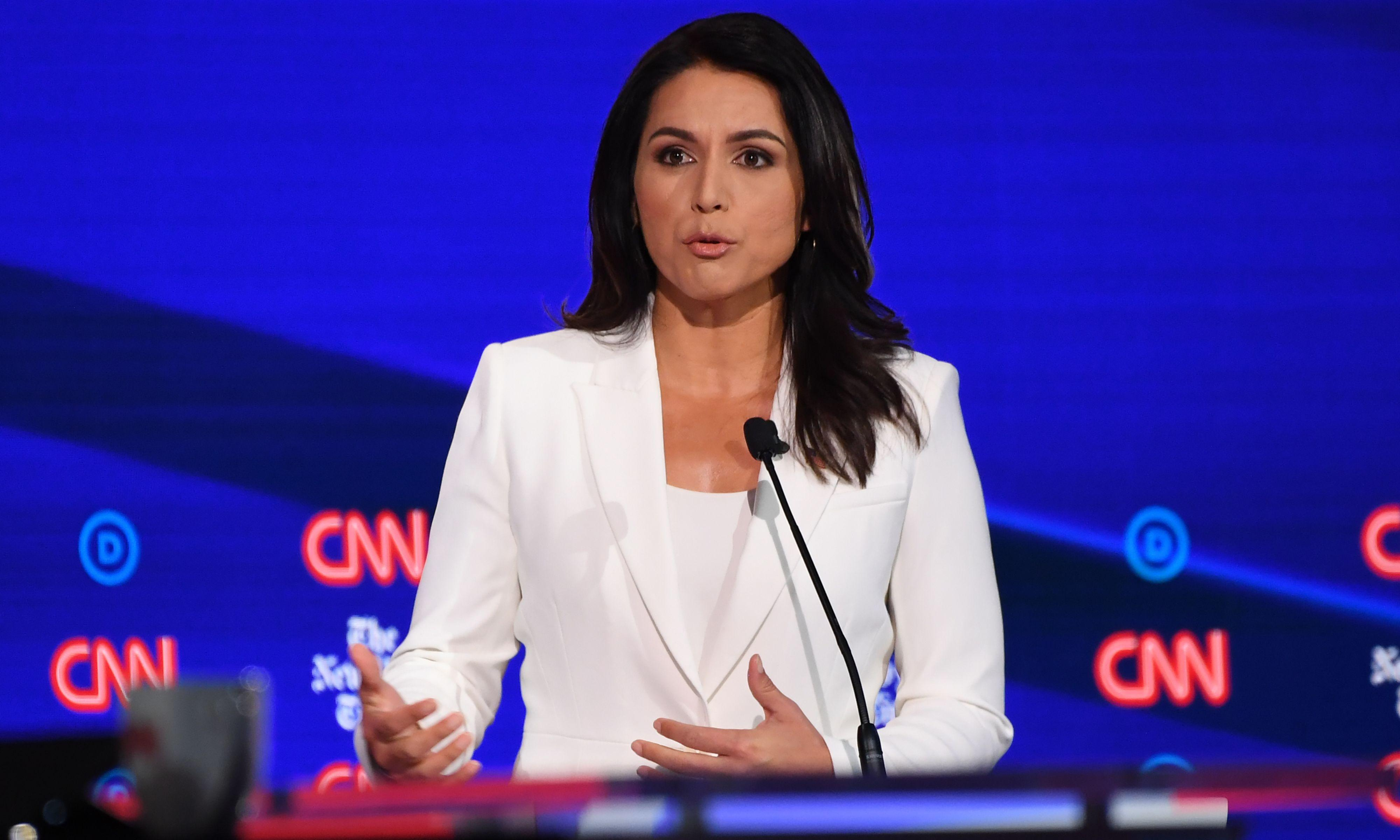 Gabbard: Clinton 'personifies rot that has sickened Democratic party'
