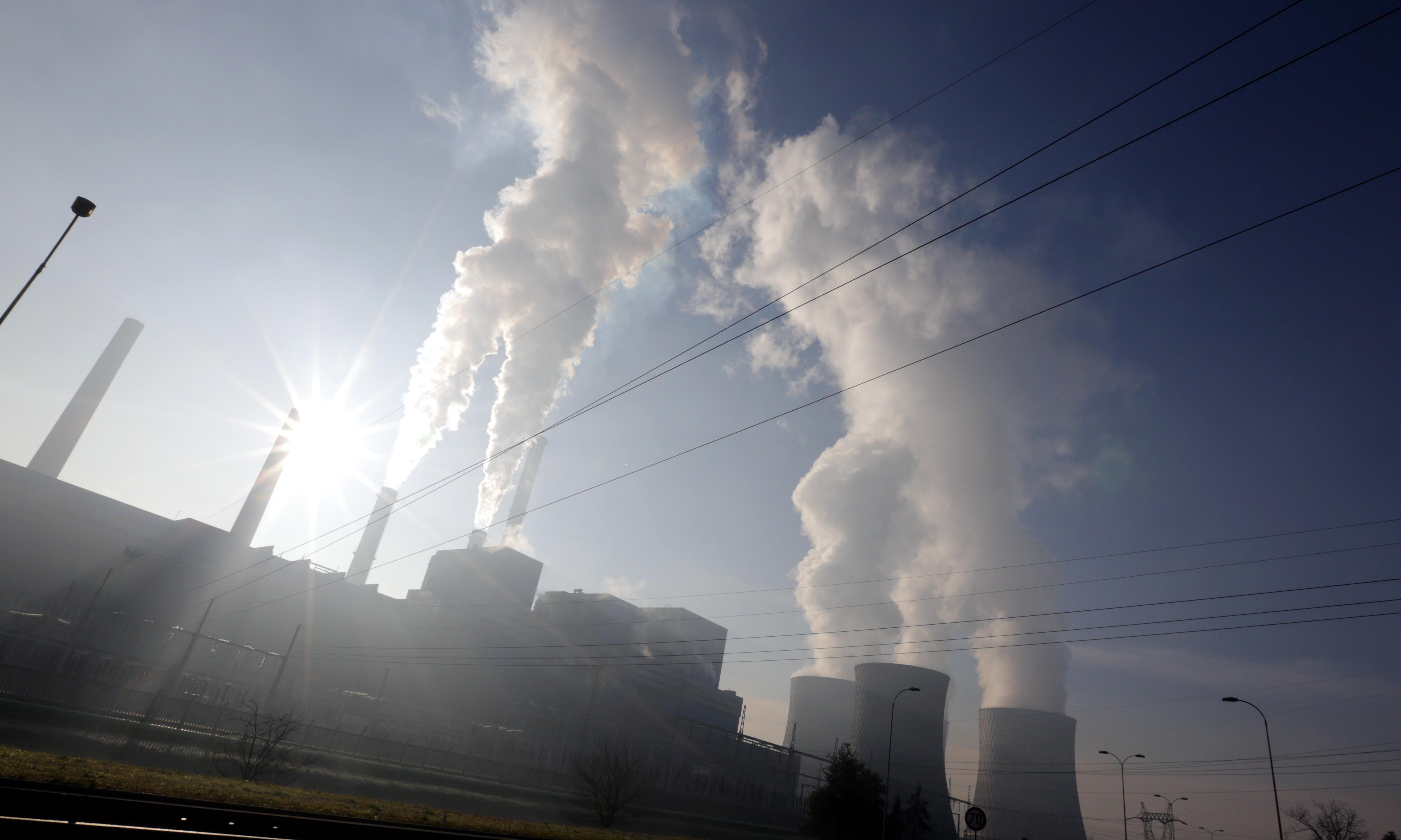 Climate change talks result in renewed pledge to cut emissions