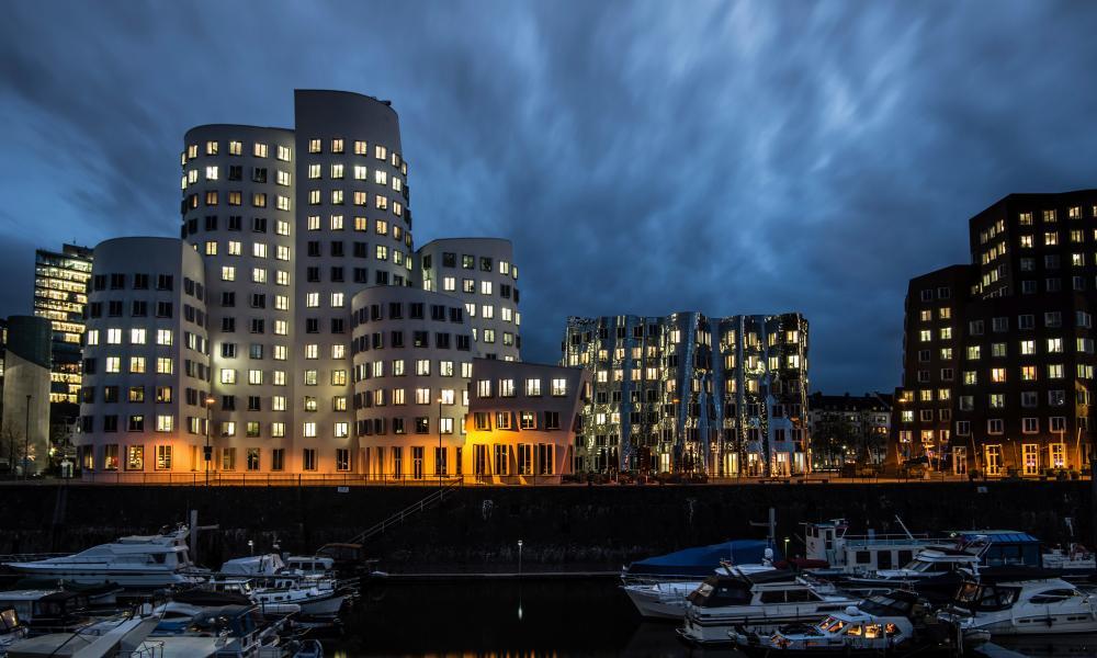 Neuer Zollhof, designed by Frank Gehry, on Düsseldorf's MedienHafen.
